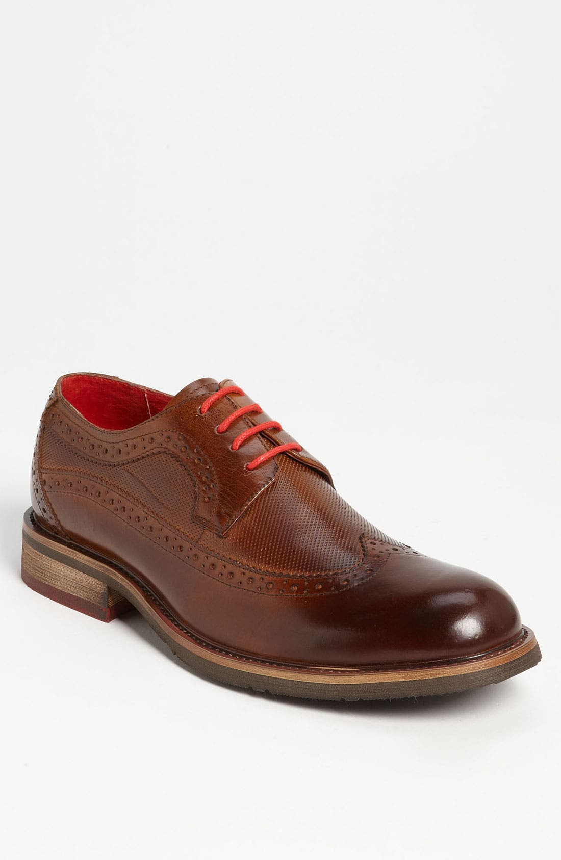 Main Image - Steve Madden 'Kittch' Longwing Oxford