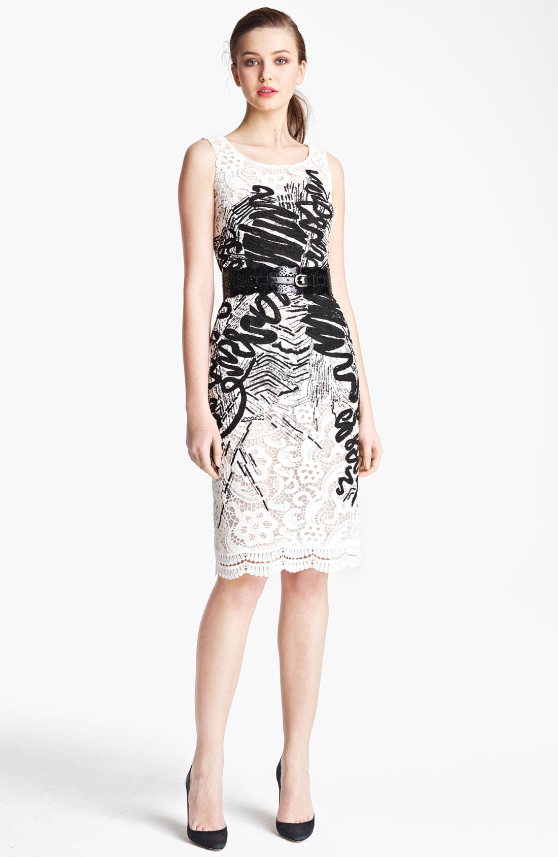 Alternate Image 1 Selected - Oscar de la Renta Embroidered Floral Lace Dress