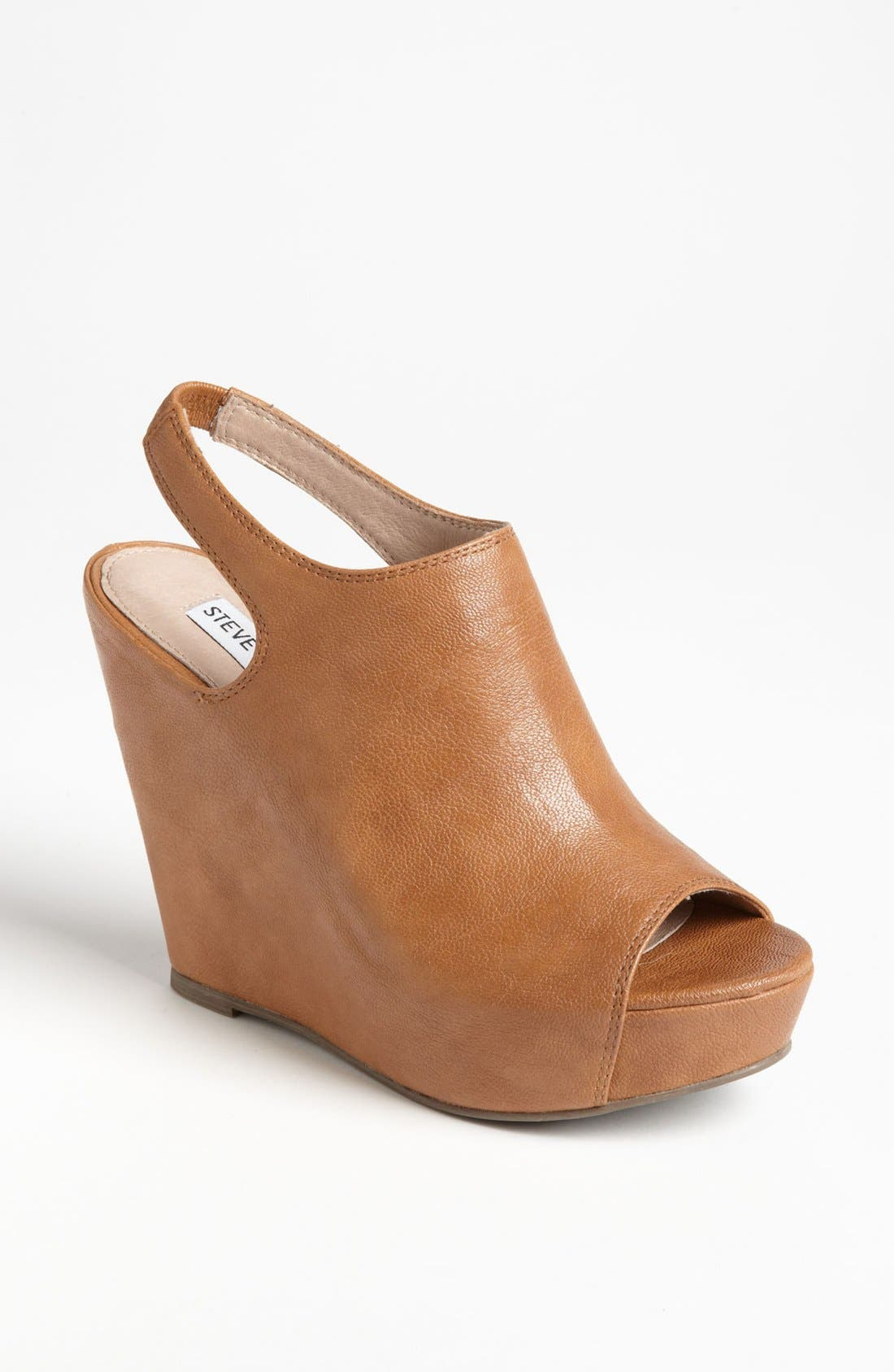 Alternate Image 1 Selected - Steve Madden 'Barcley' Wedge