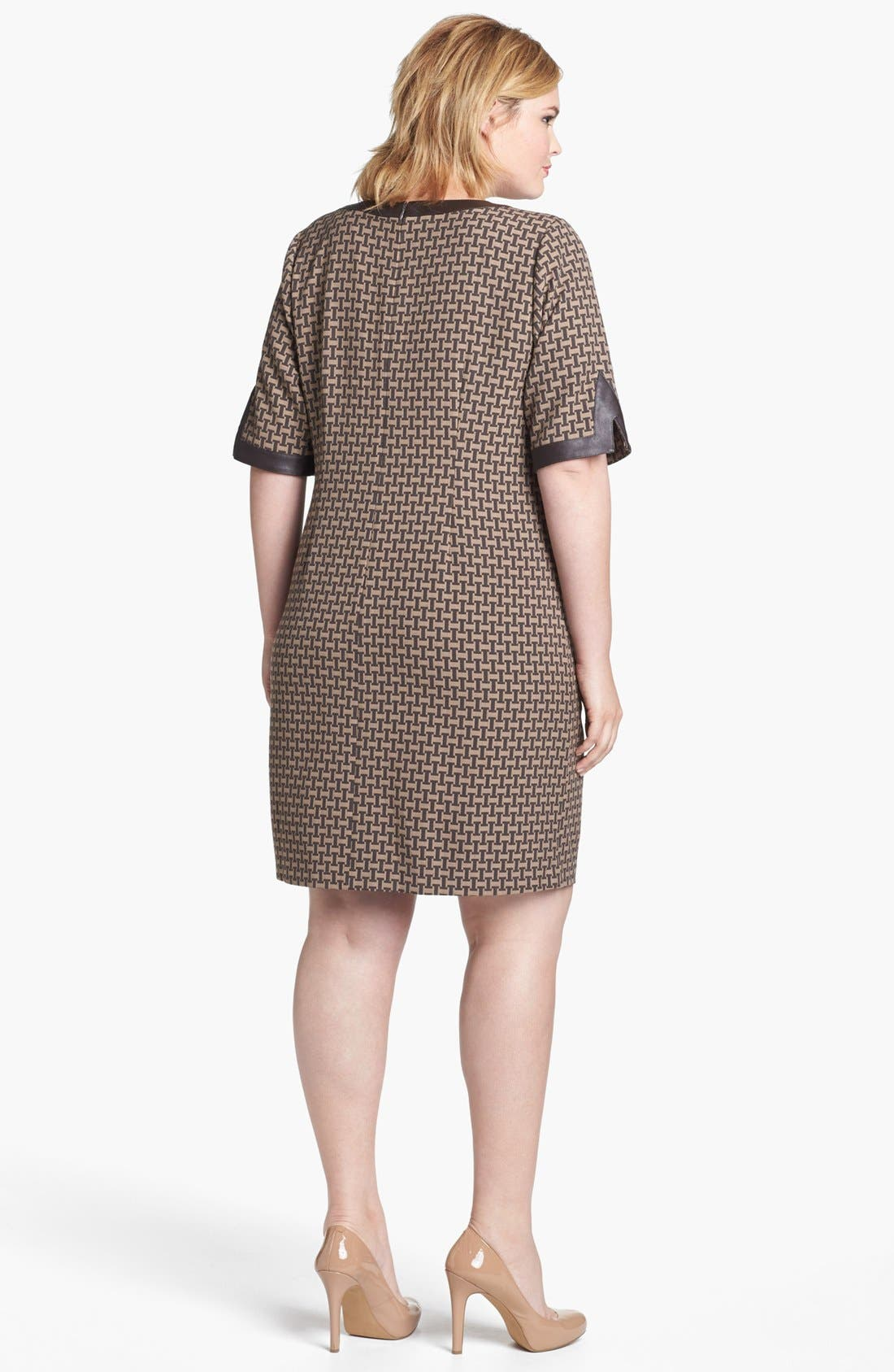 Alternate Image 2  - Ivy & Blu Jacquard Shift Dress (Plus Size)