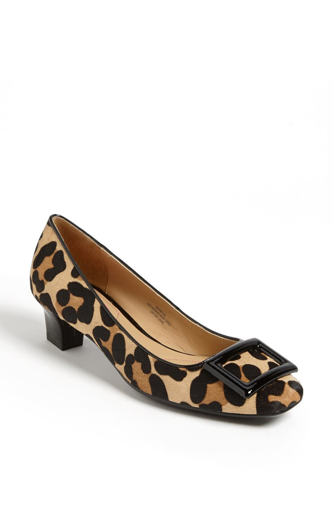Alternate Image 1 Selected - Isaac Mizrahi New York 'Perrylee' Pump