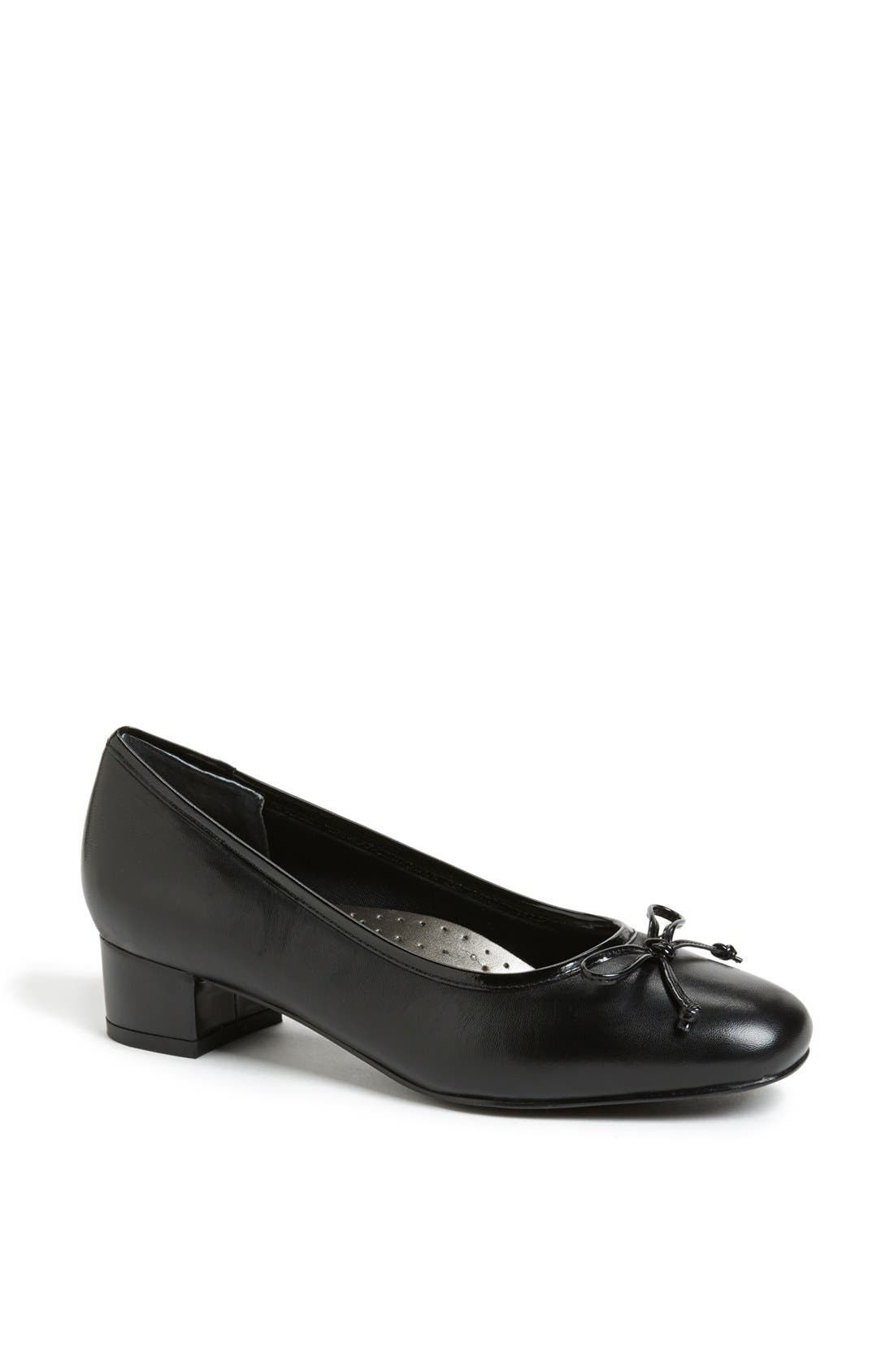 Alternate Image 1 Selected - Trotters 'Demi' Pump