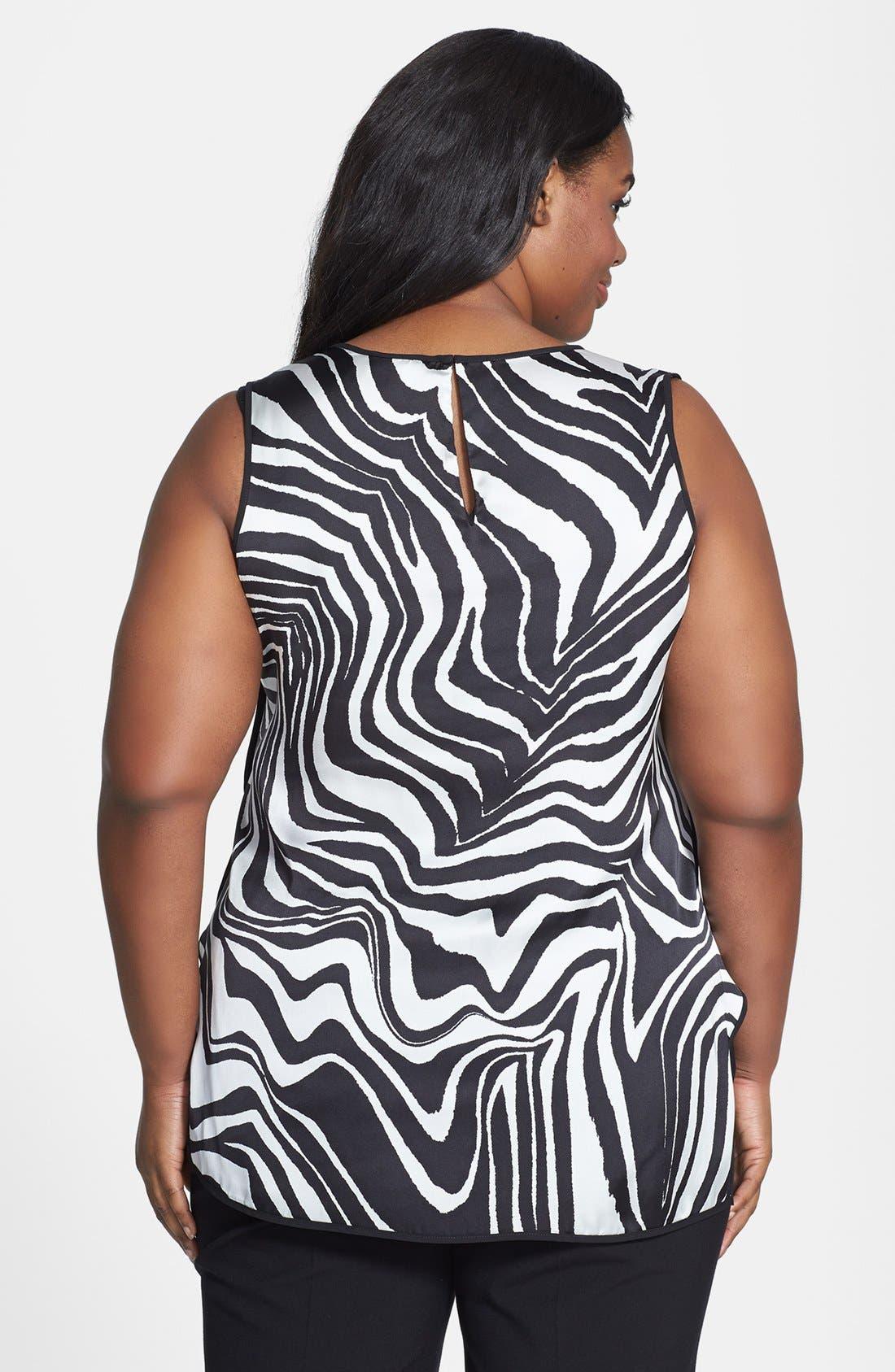Alternate Image 2  - Vince Camuto 'Zebra' Sleeveless Shirttail Blouse (Plus Size)