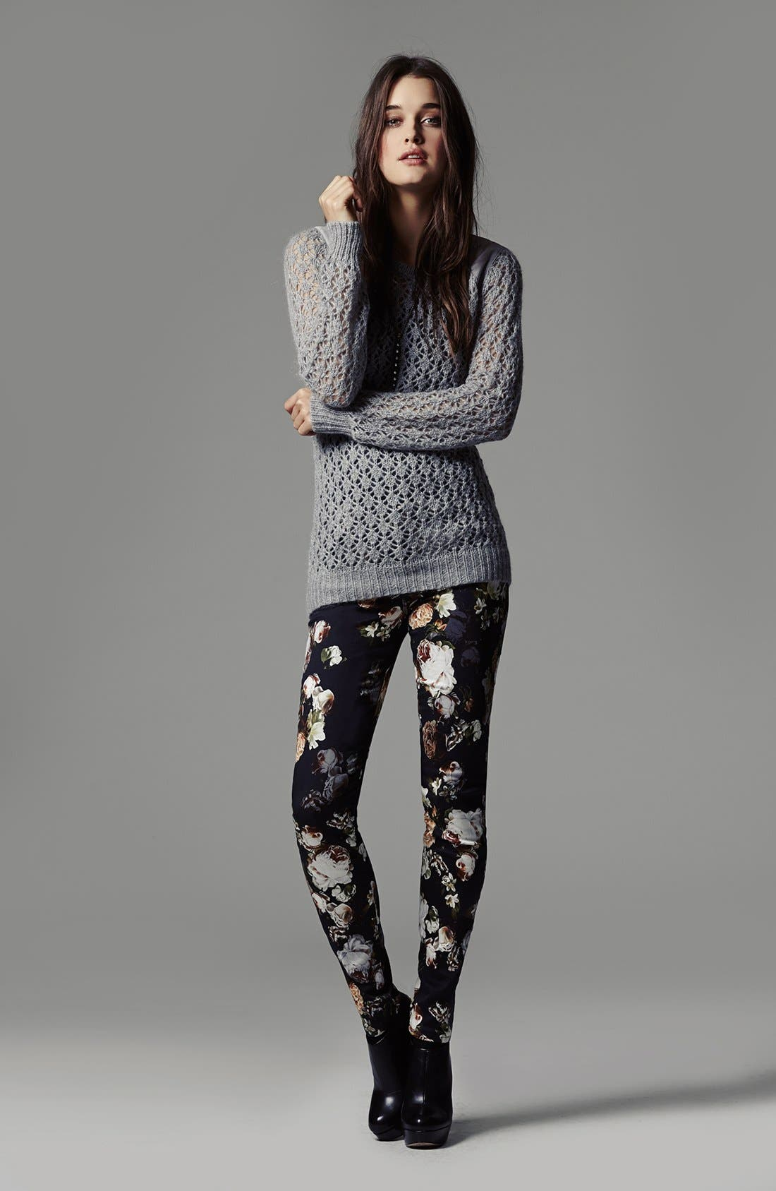 Alternate Image 4  - 7 For All Mankind® 'The Skinny' Floral Pattern Jeans (Nighttime Floral)
