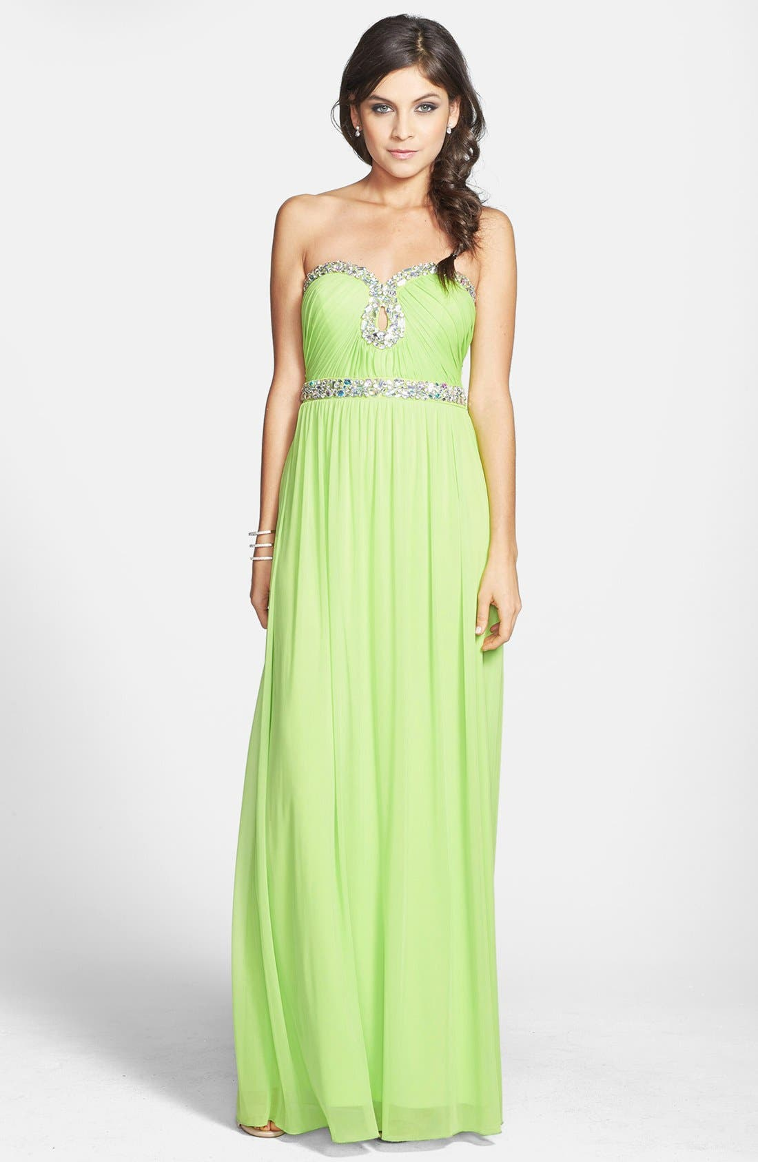 Alternate Image 1 Selected - Way-In Embellished Sweetheart Neck Gown (Juniors) (Online Only)