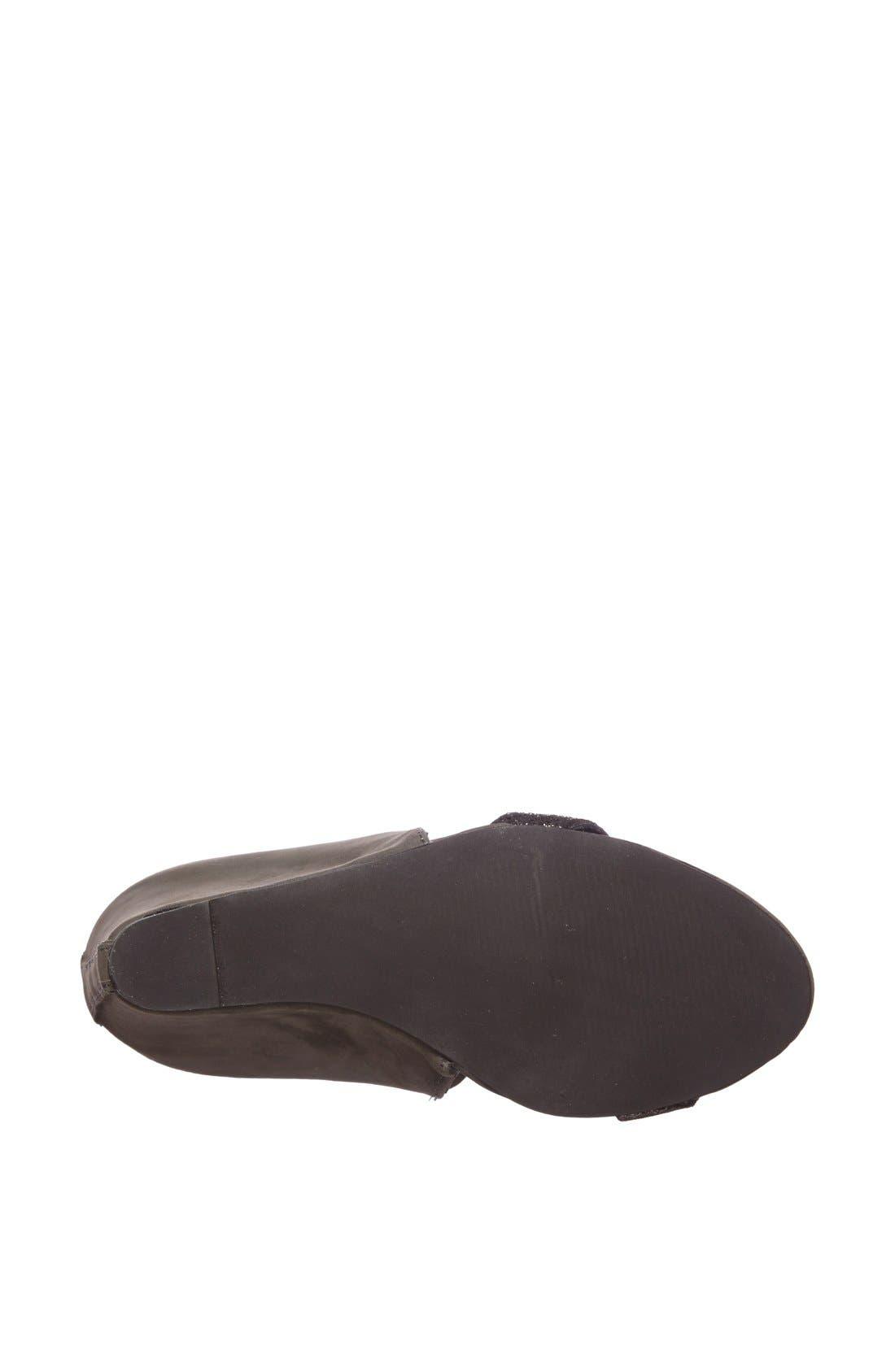 Alternate Image 4  - Matisse 'Kindred' Suede Sandal