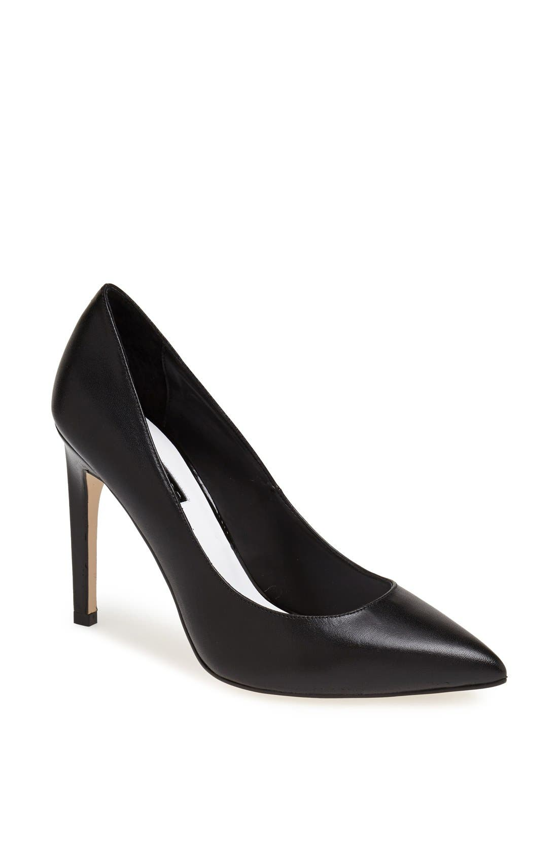 Alternate Image 1 Selected - Topshop 'Glory' Pump