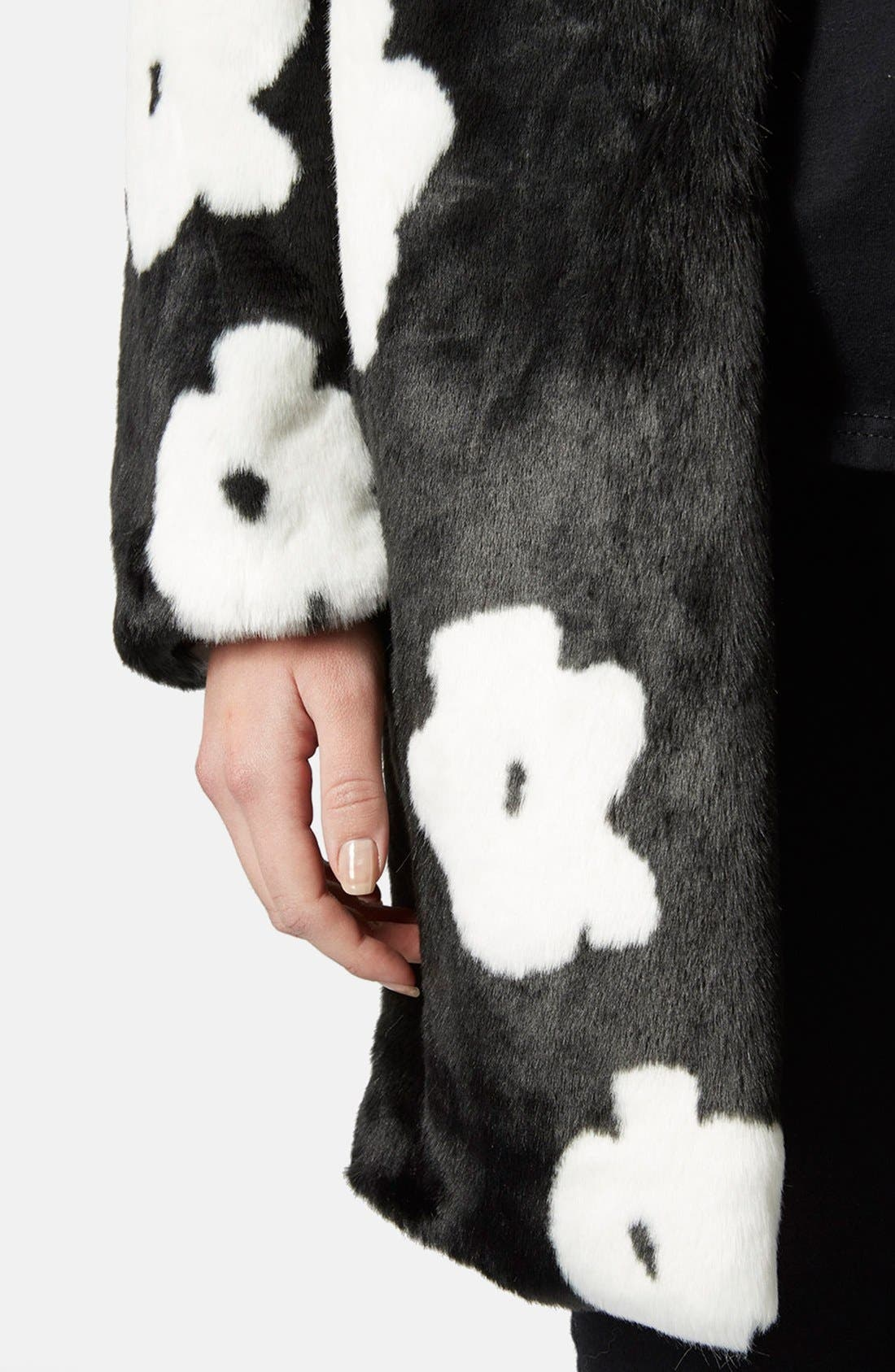 Alternate Image 4  - Topshop Daisy Faux Fur Coat