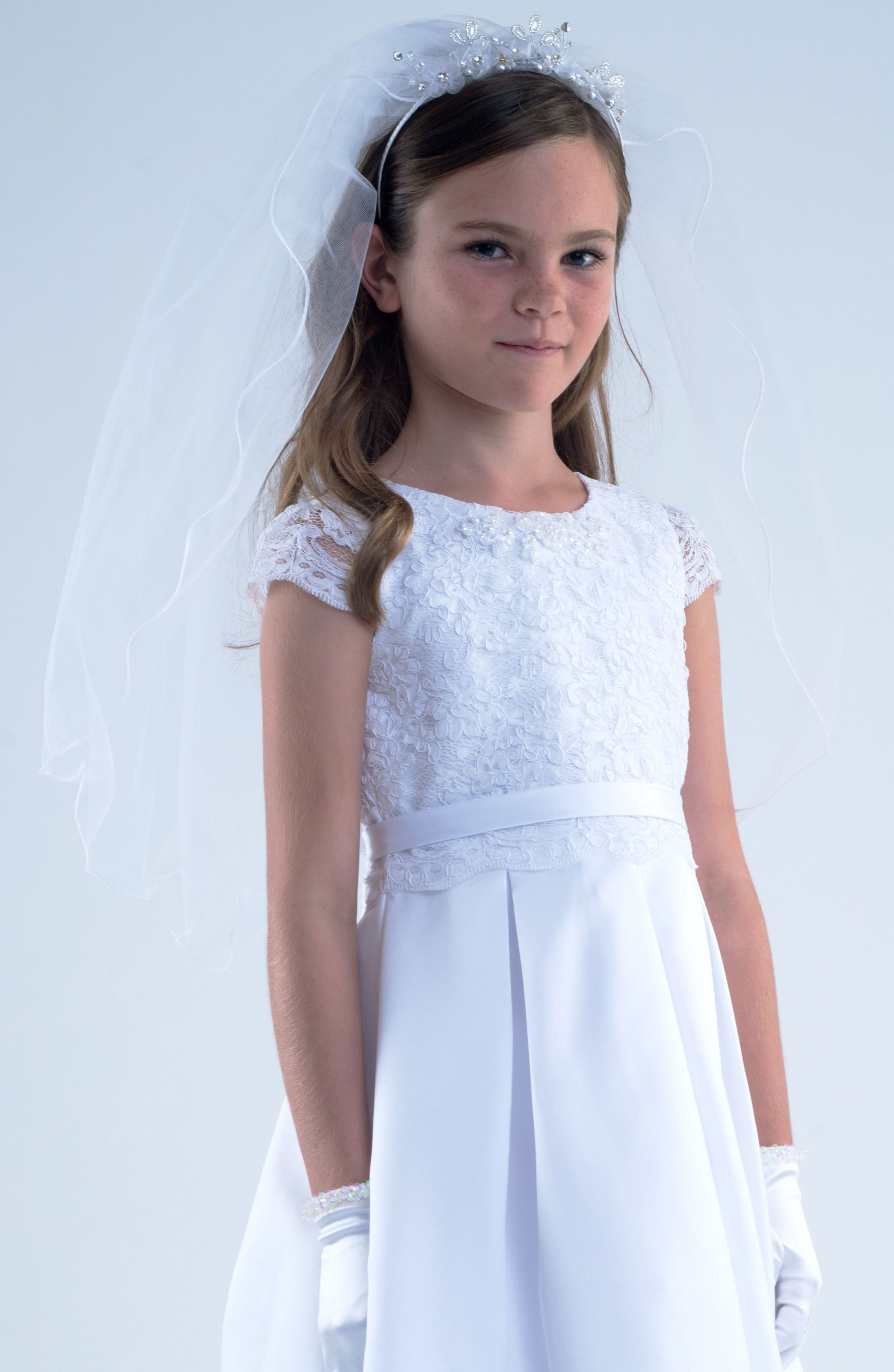 Main Image - Us Angels Tiara with Veil