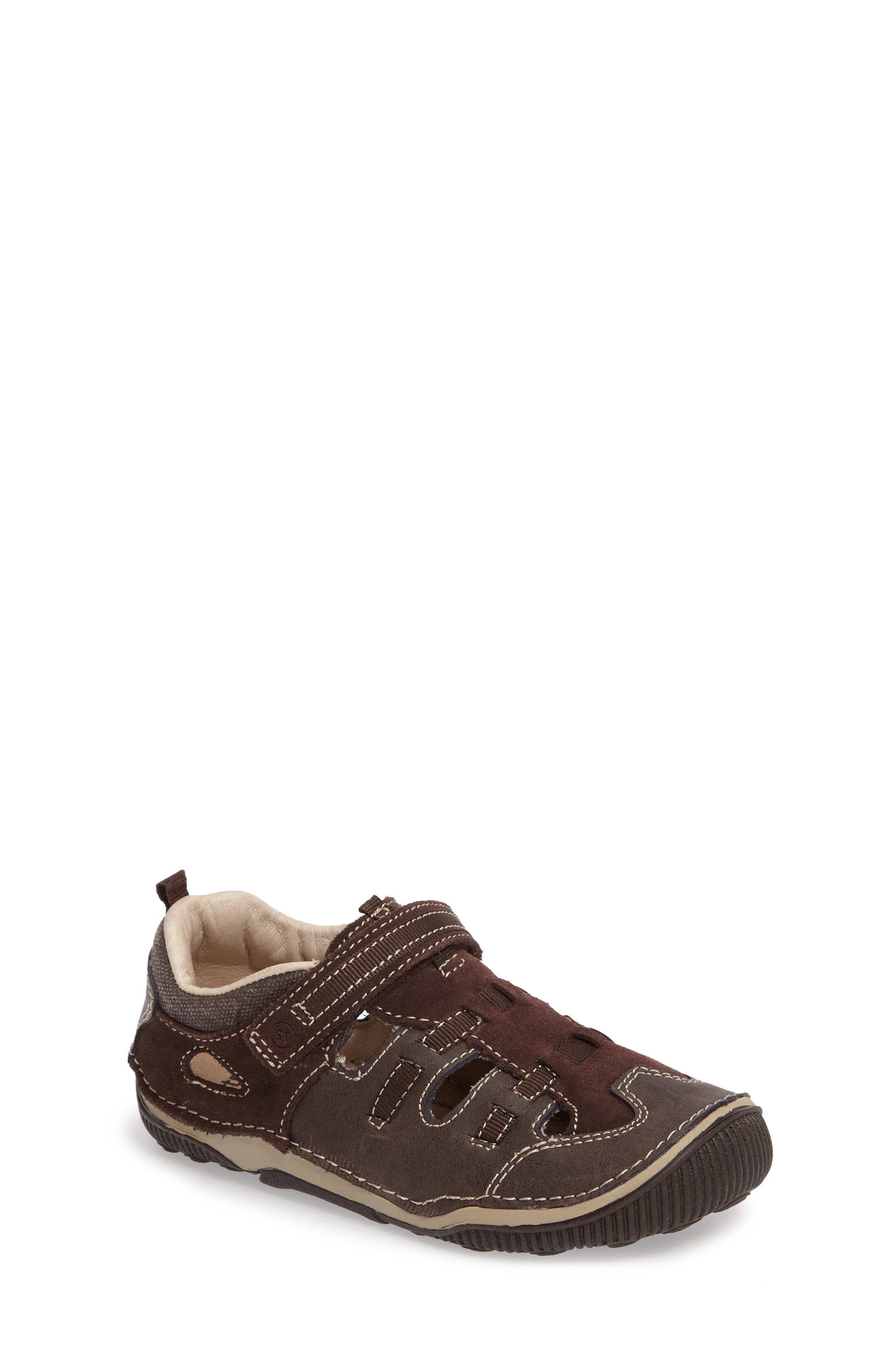 Stride Rite Reggie Cutout Sneaker (Baby, Walker & Toddler)