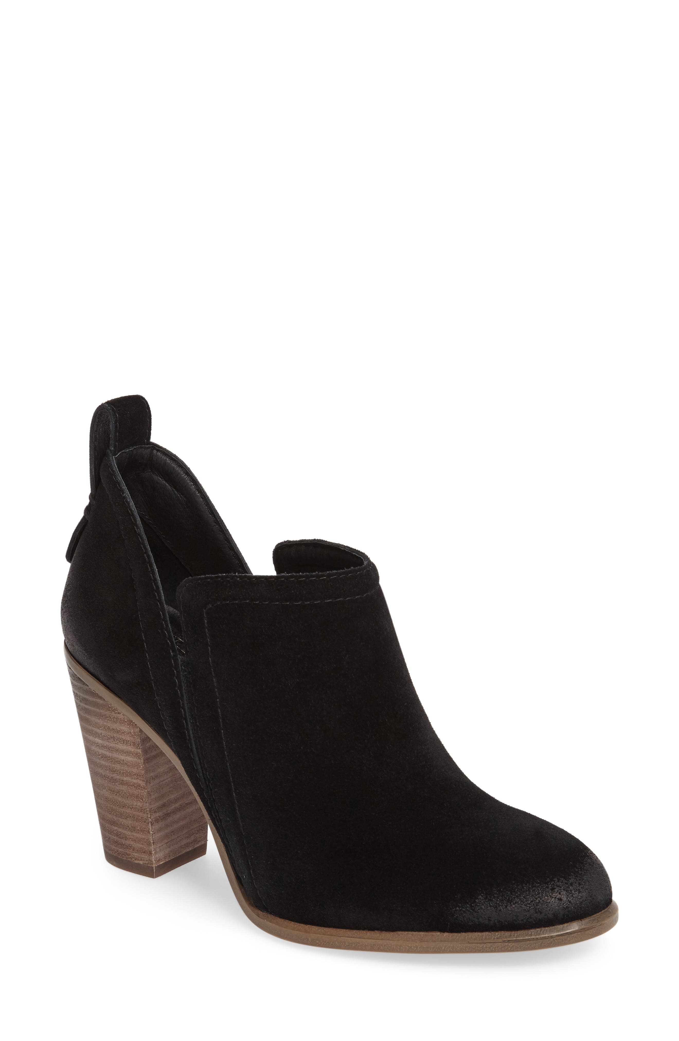 Vince Camuto Francia Bootie (Women)