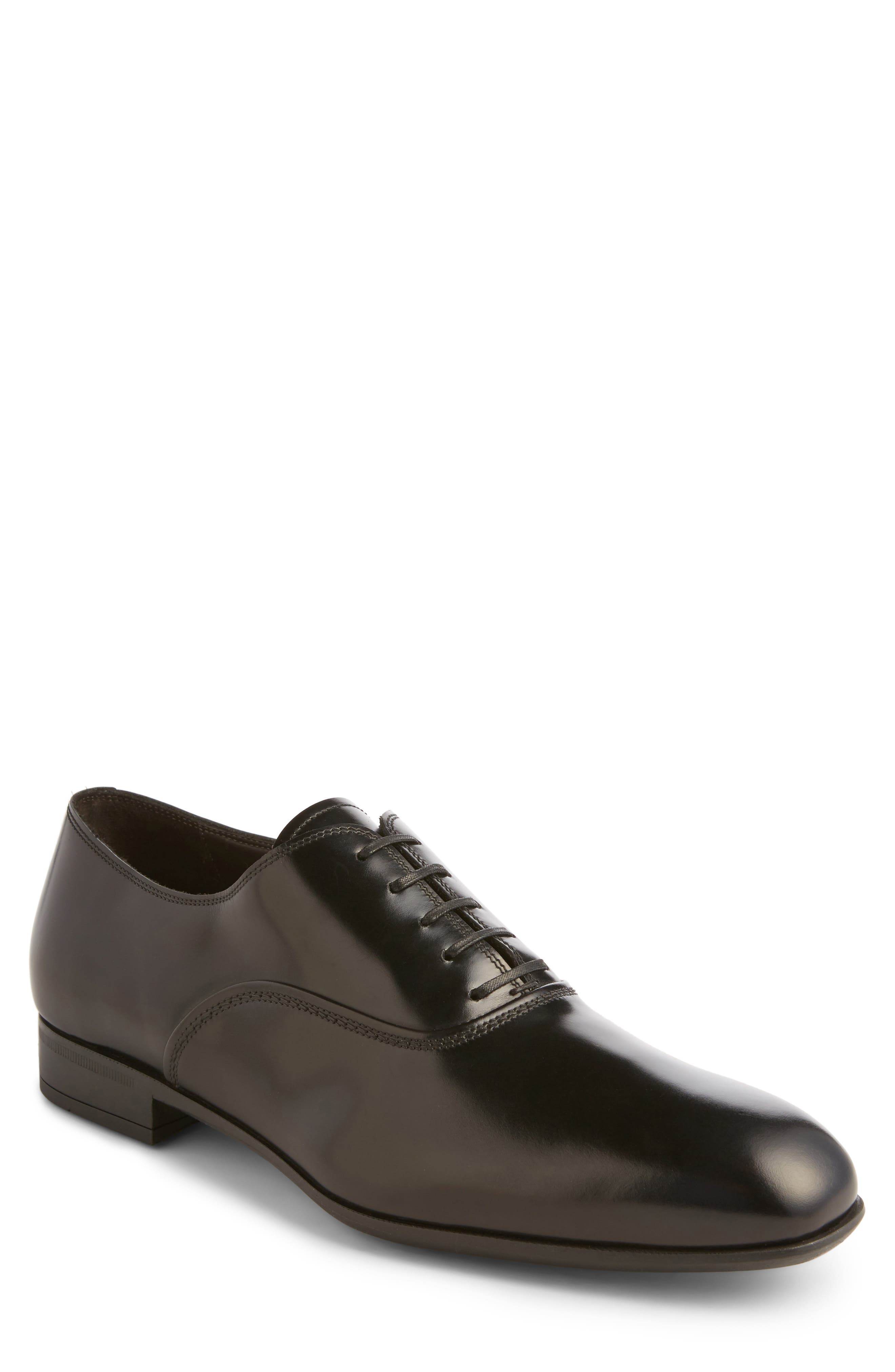 Salvatore Ferragamo Dunn Derby Plain Toe Oxford (Men)