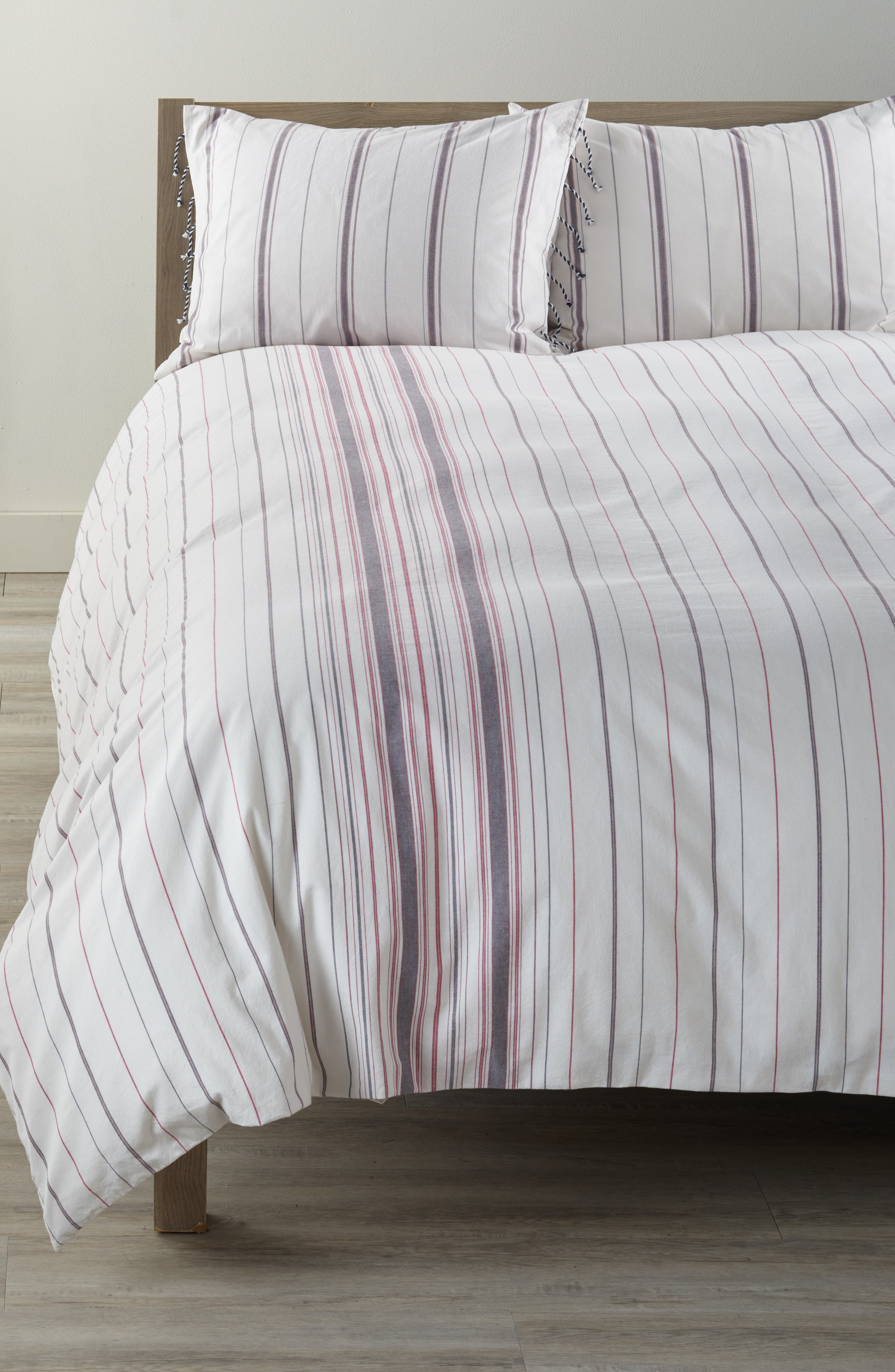 Main Image - cupcakes and cashmere Mixed Stripe Duvet Cover