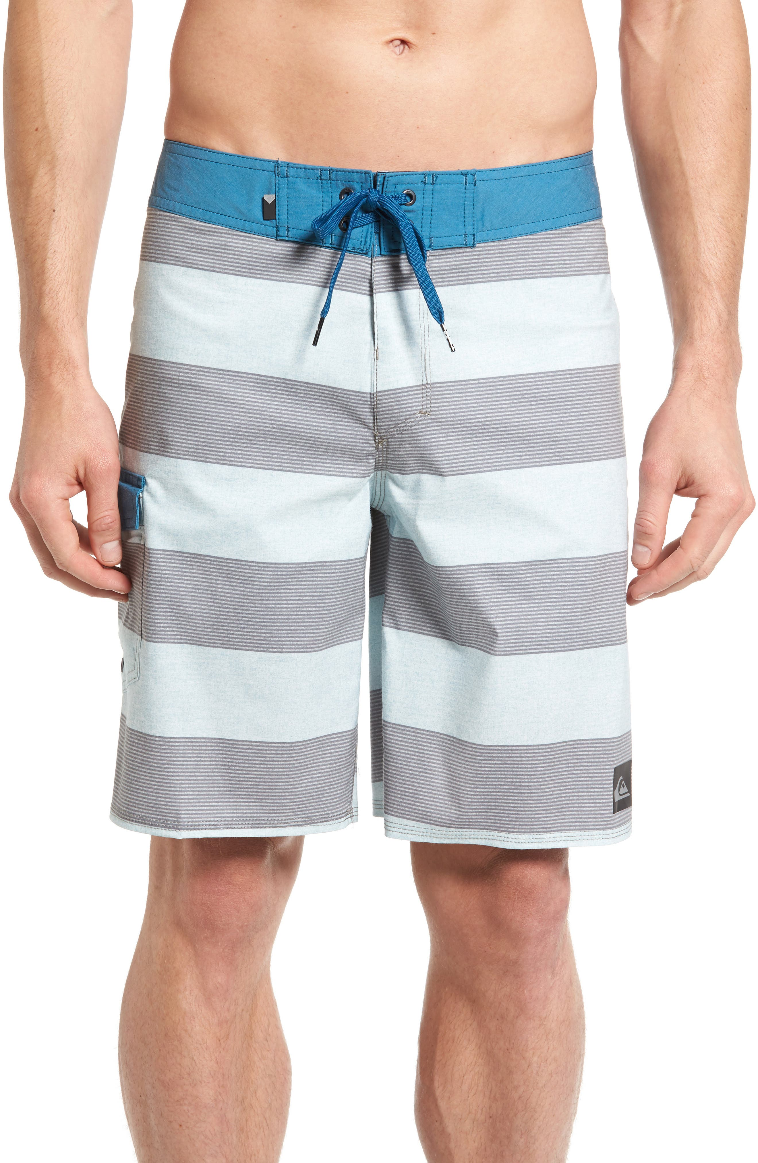 Main Image - Quiksilver Everyday Brigg Board Shorts