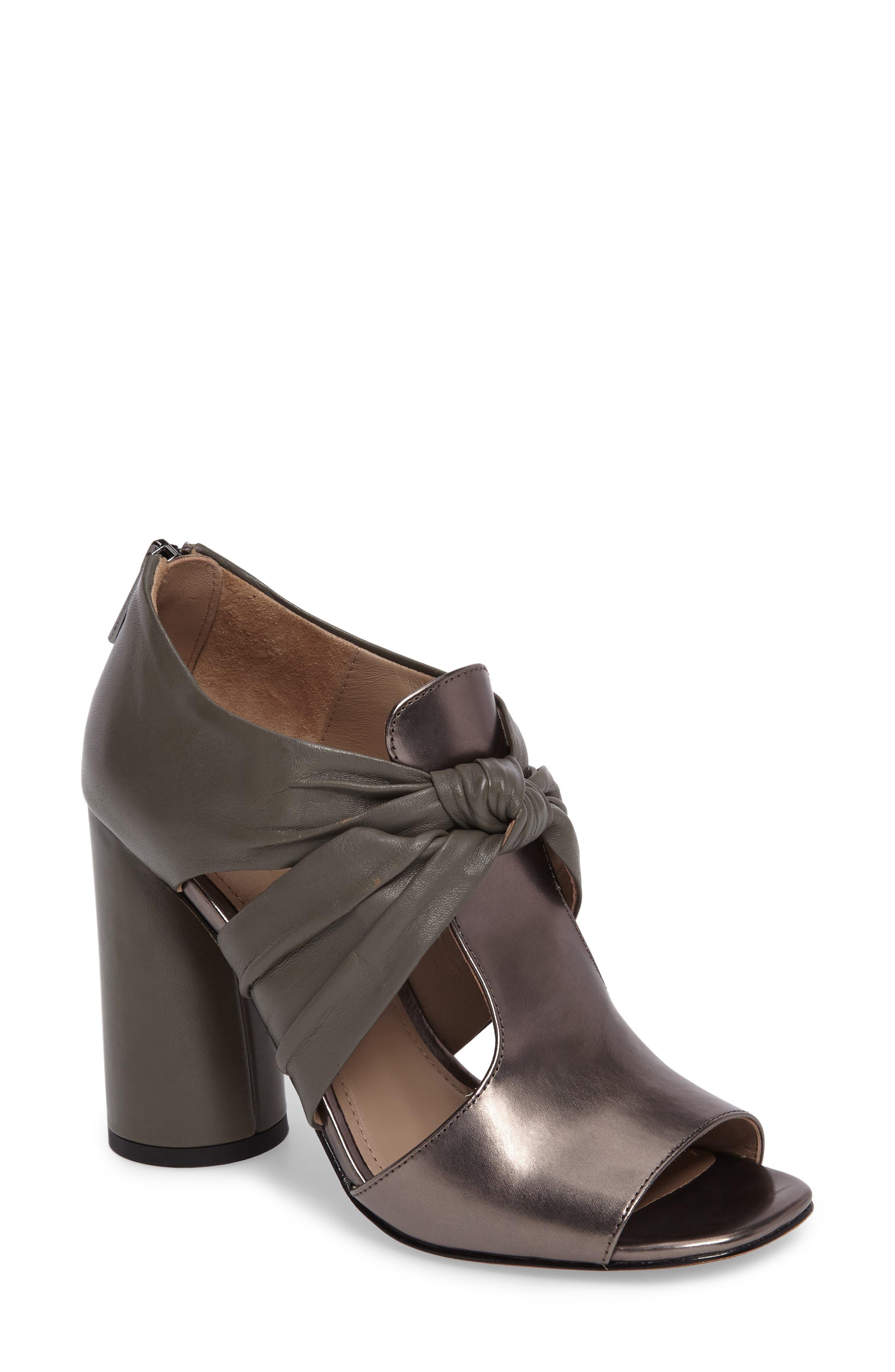 DONALD J PLINER Bailey Knotted Column Heel Sandal