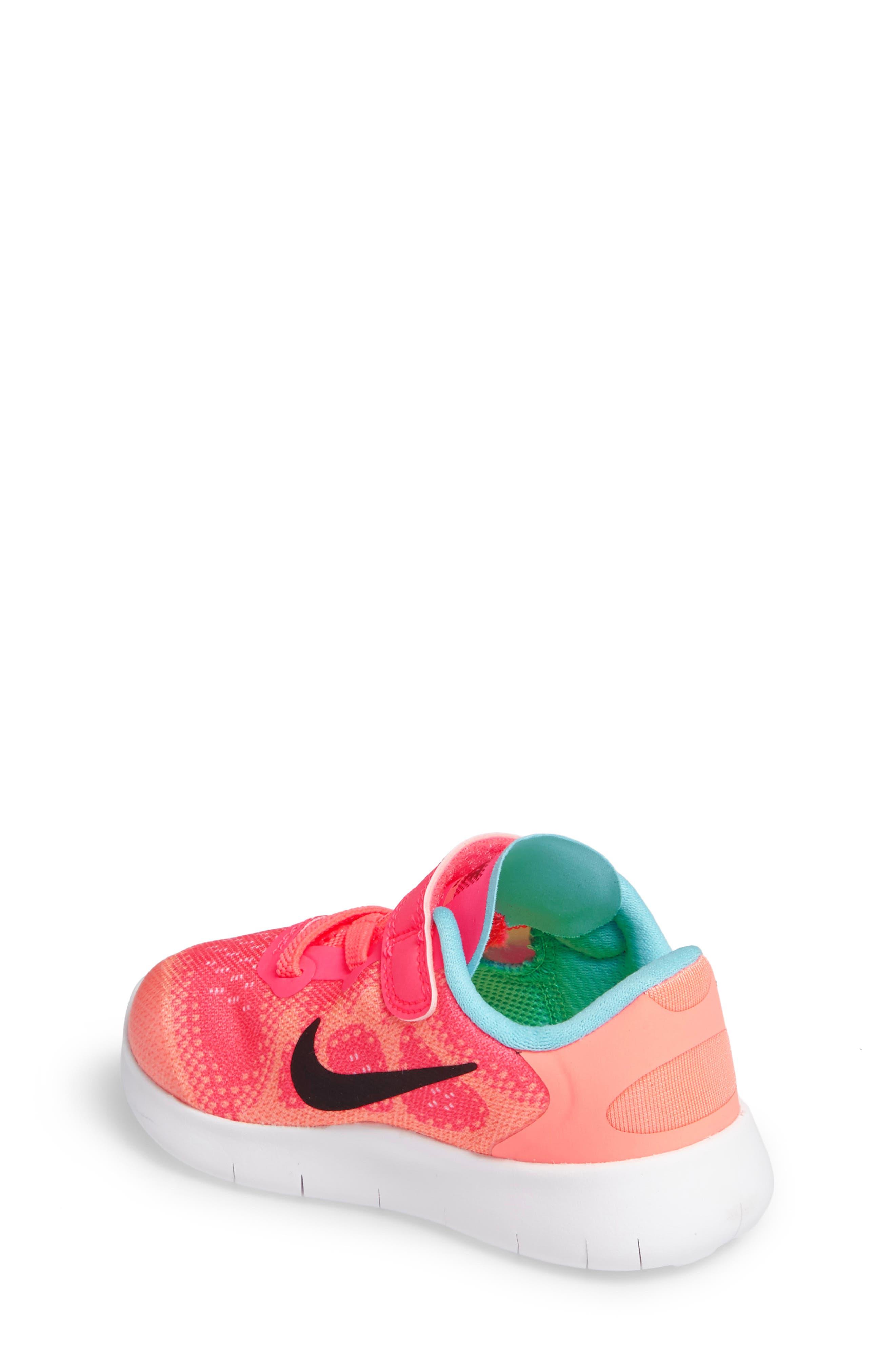 Alternate Image 2  - Nike Free Run 2017 Sneaker (Baby, Walker, Toddler & Little Kid)