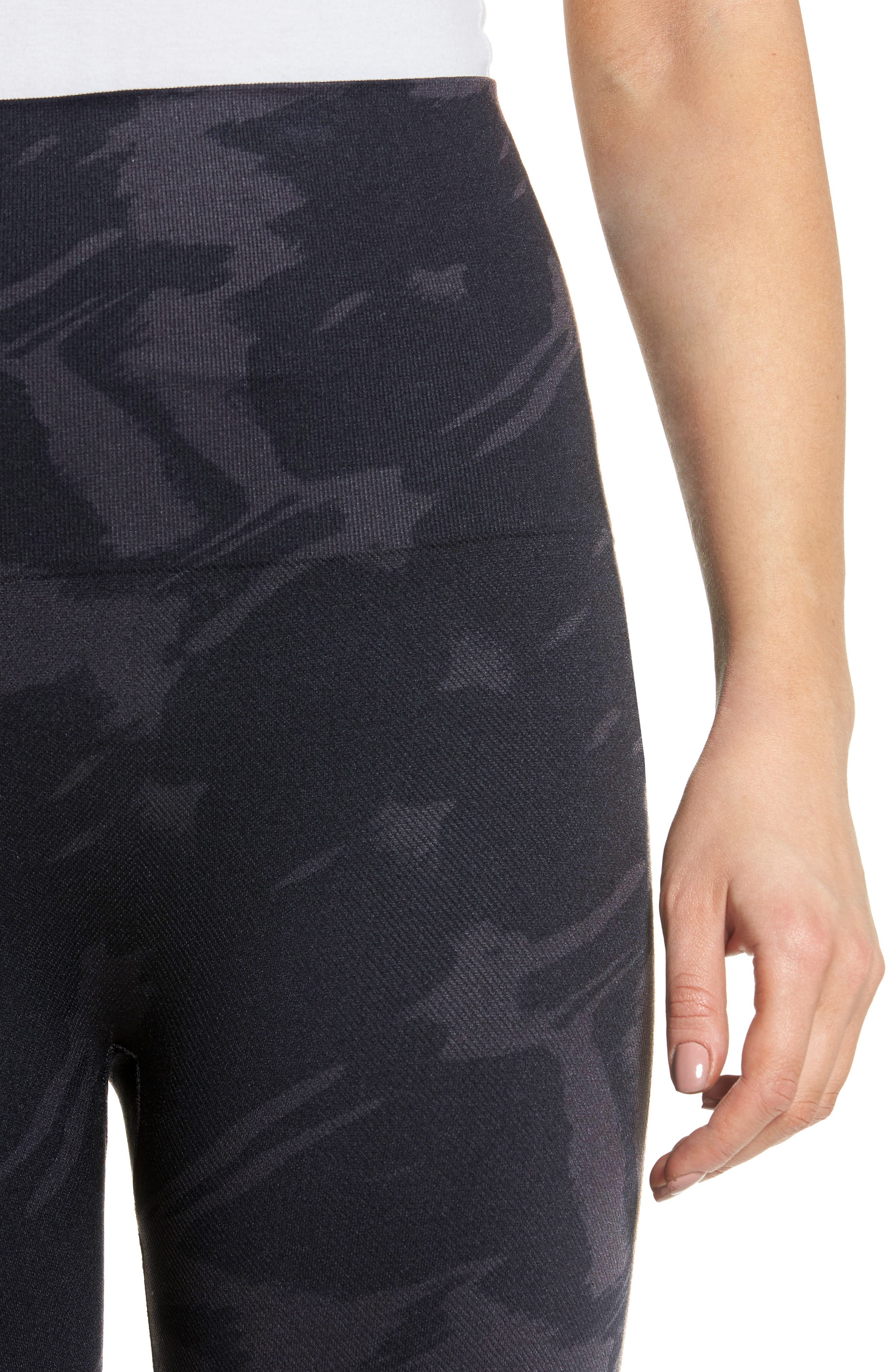 Alternate Image 5  - SPANX® Look At Me Now Seamless Print Leggings