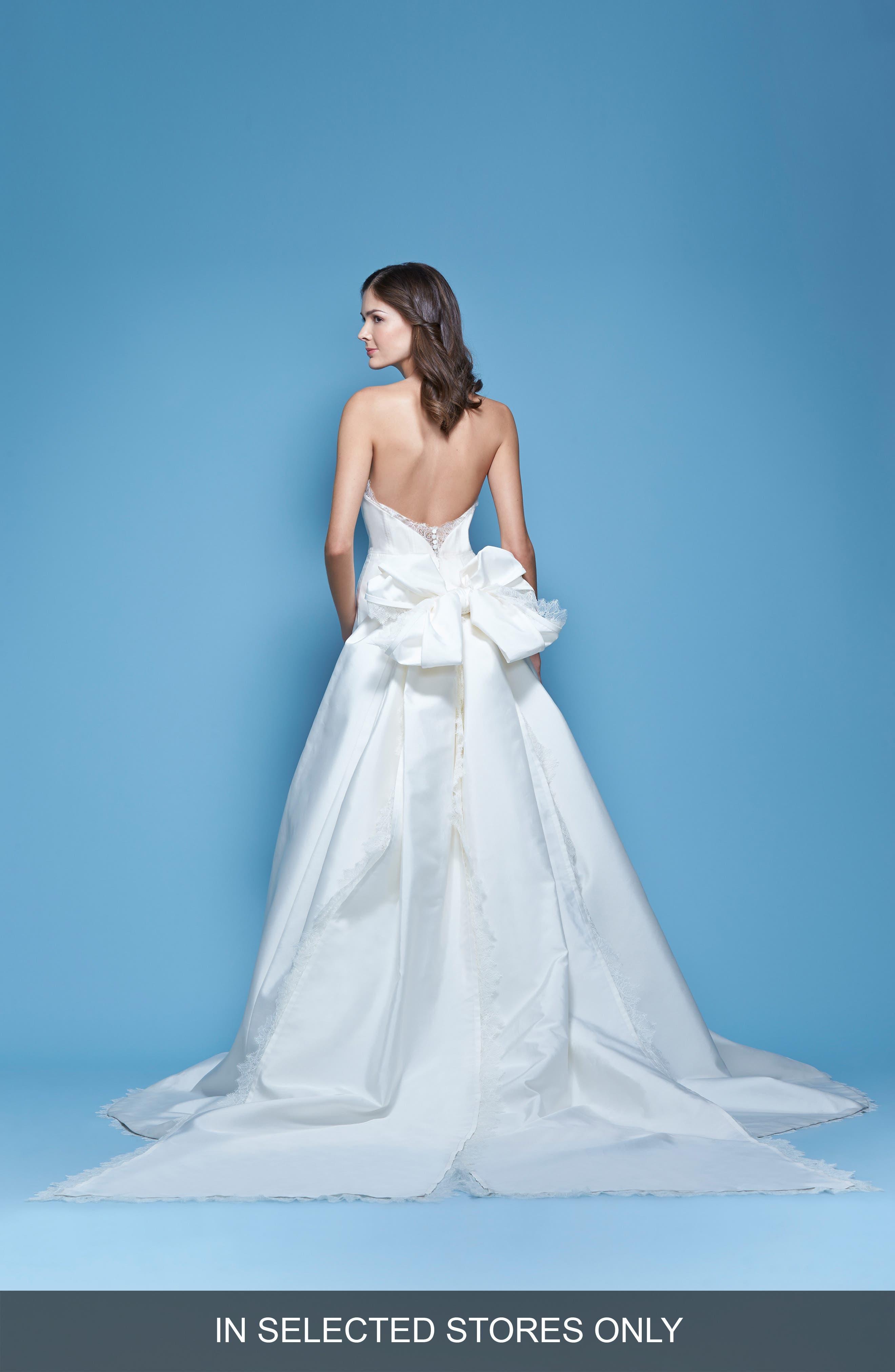 Carolina Herrera Jacqueline Lace Trim Strapless Mikado Column Gown with Detachable Bow Train