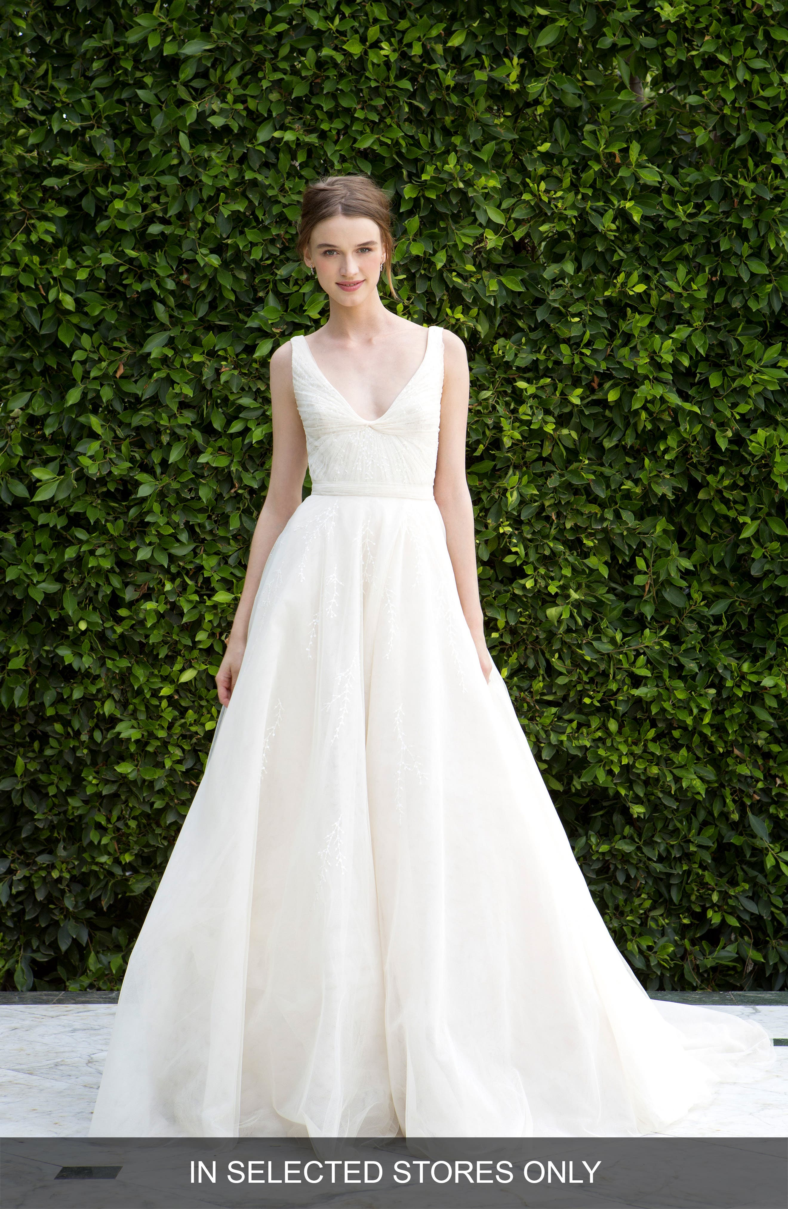 Scoop Neck Ruched Waist Lace & Tulle Ballgown,                         Main,                         color, Latte