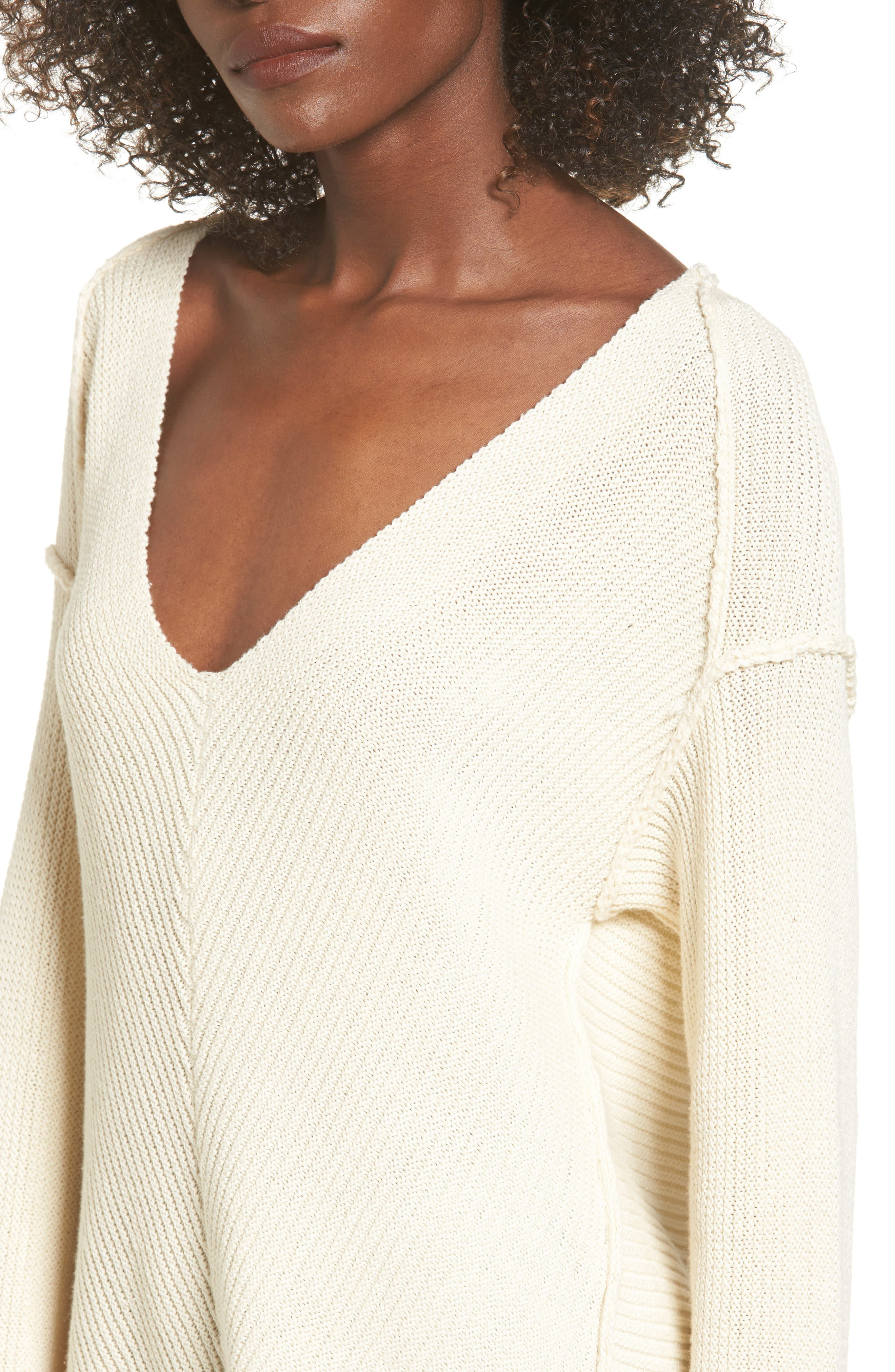 Alternate Image 4  - ASTR the Label Direction Change Bell Sleeve Sweater