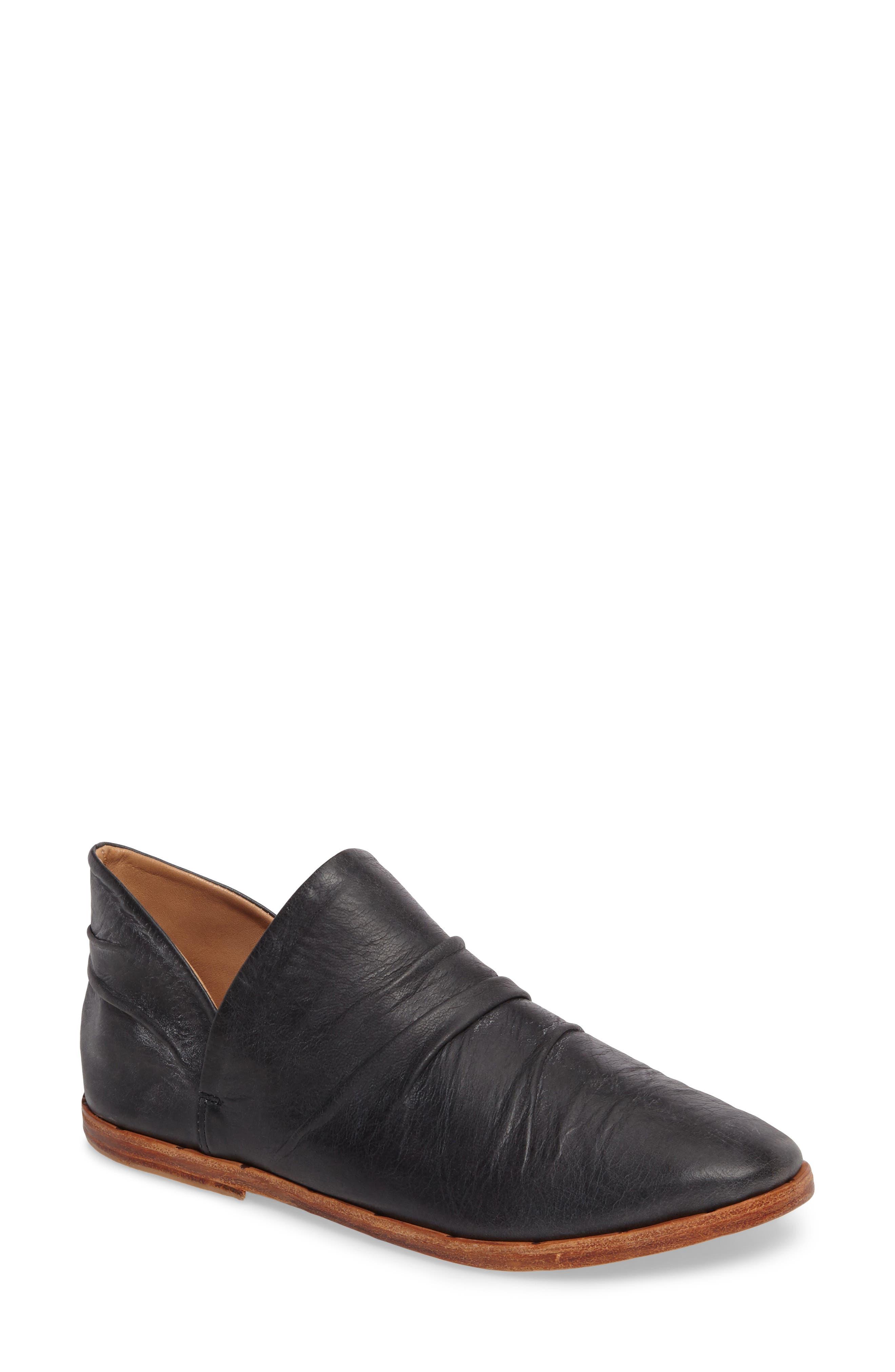 Puffin Loafer,                         Main,                         color, Vintage Black