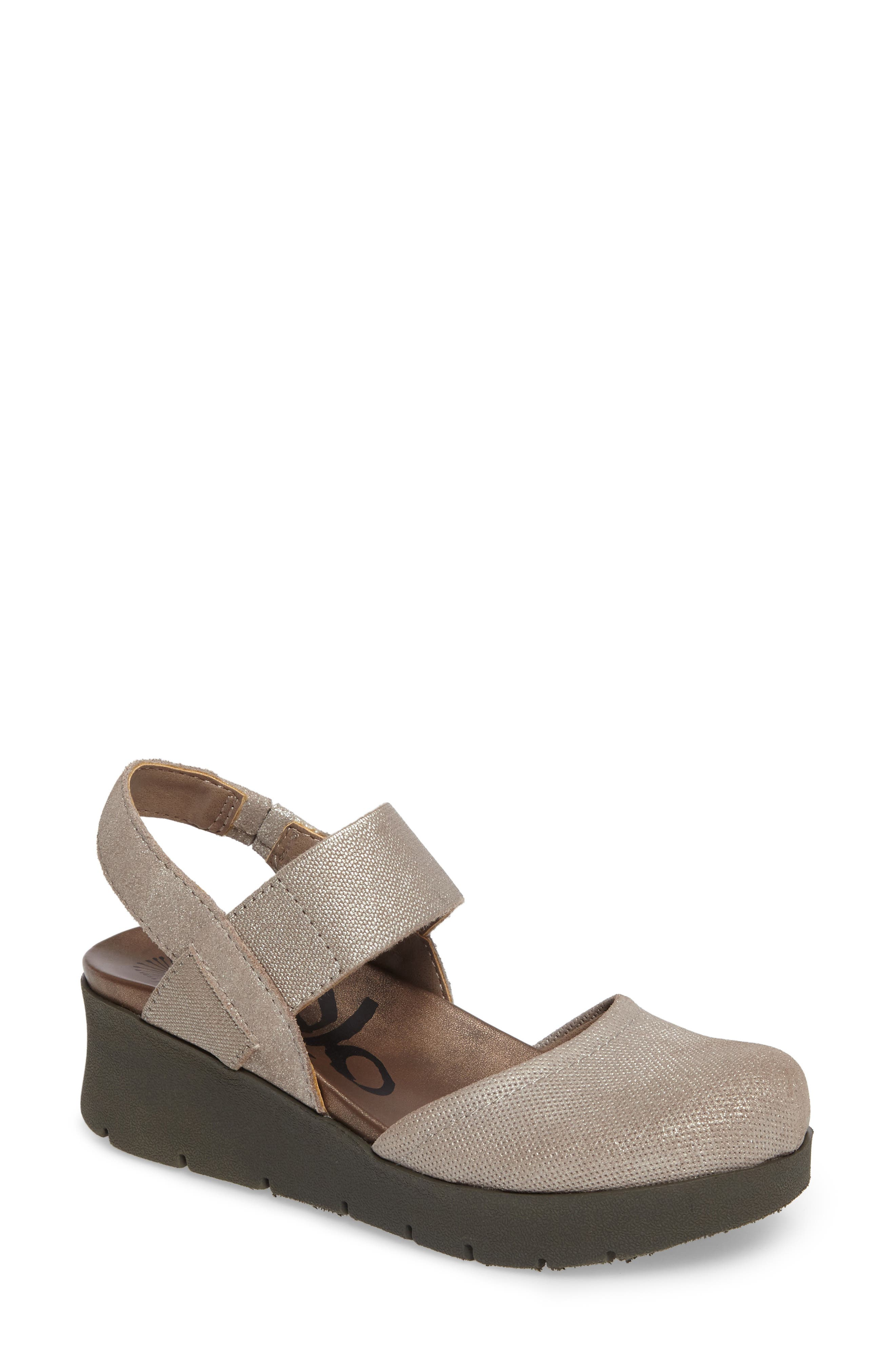 OTBT Roadie Mary Jane Platform Wedge (Women)
