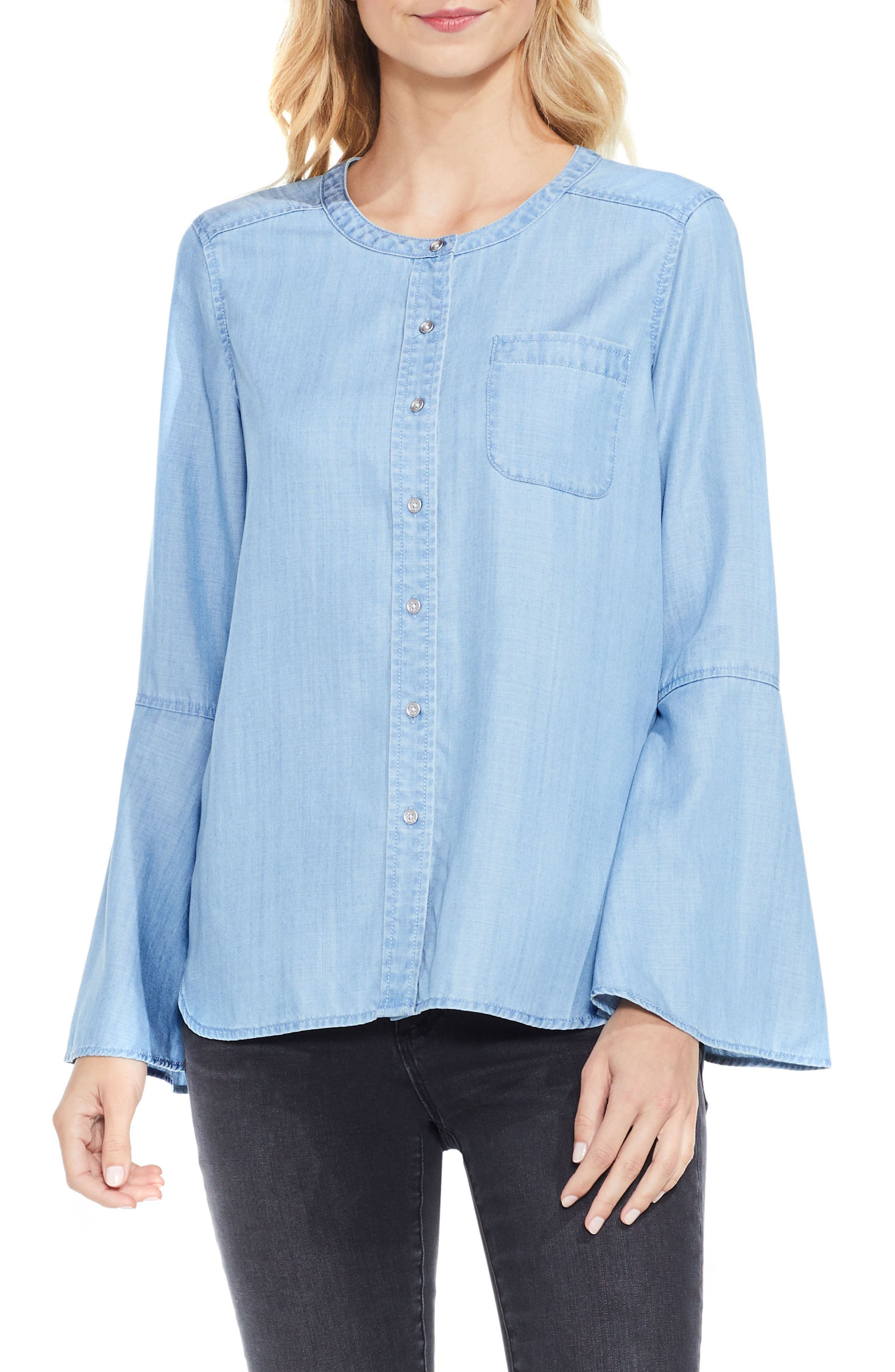 TWO BY VINCE CAMUTO Bell Sleeve Chambray Blouse