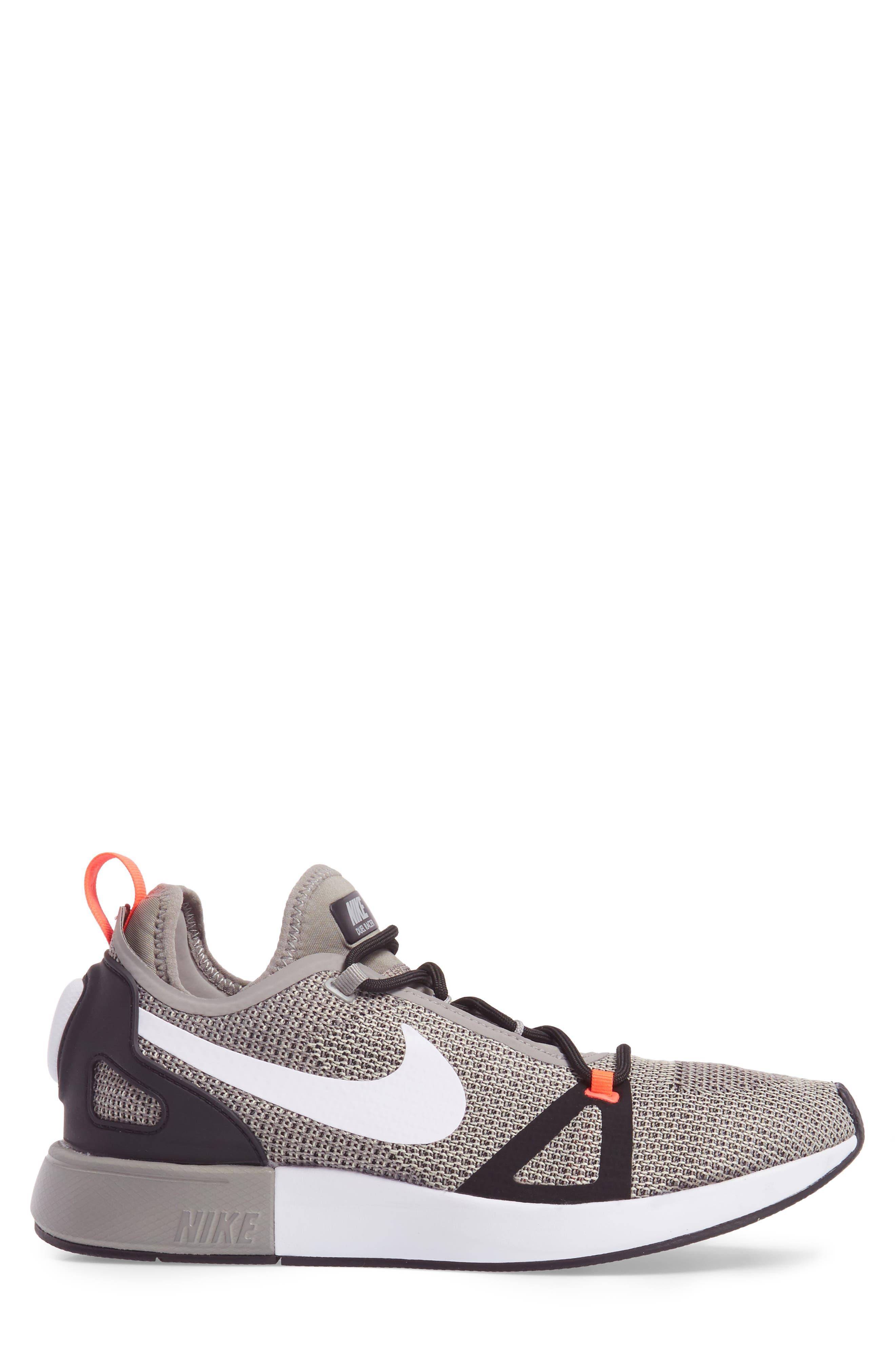 Alternate Image 3  - Nike Duelist Racer Sneaker (Men)