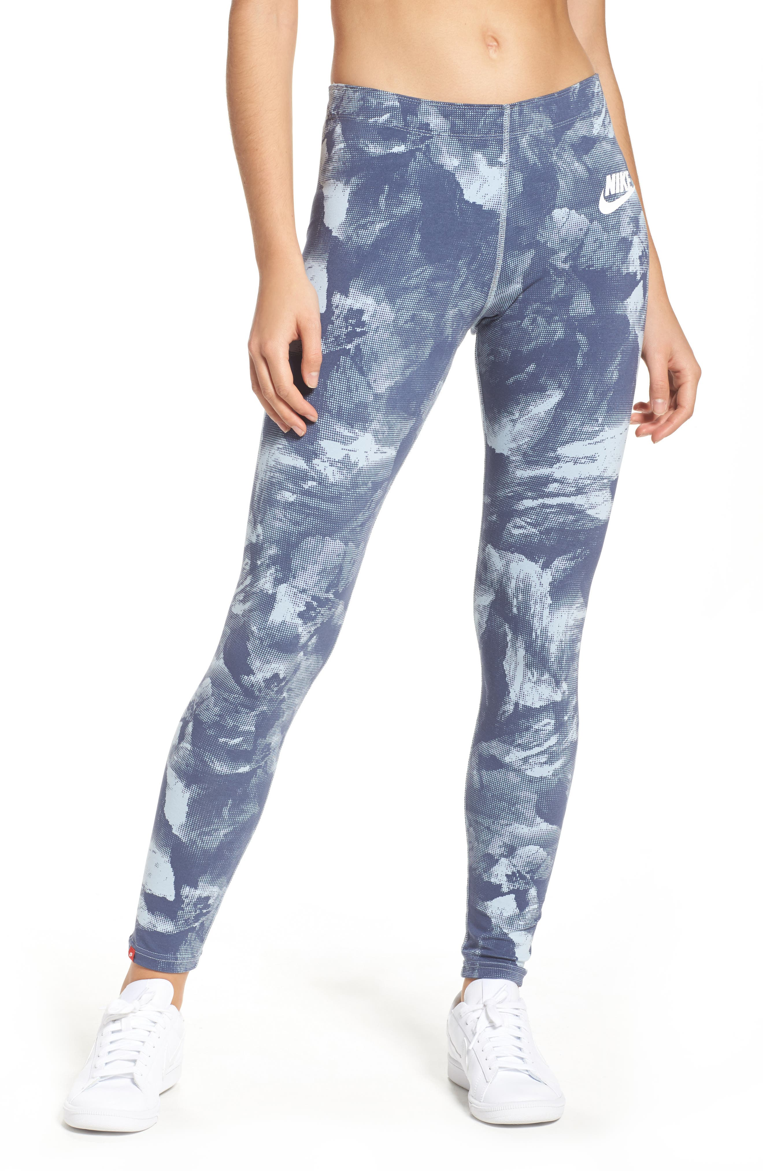 Alternate Image 1 Selected - Nike Glacier Ankle Leggings