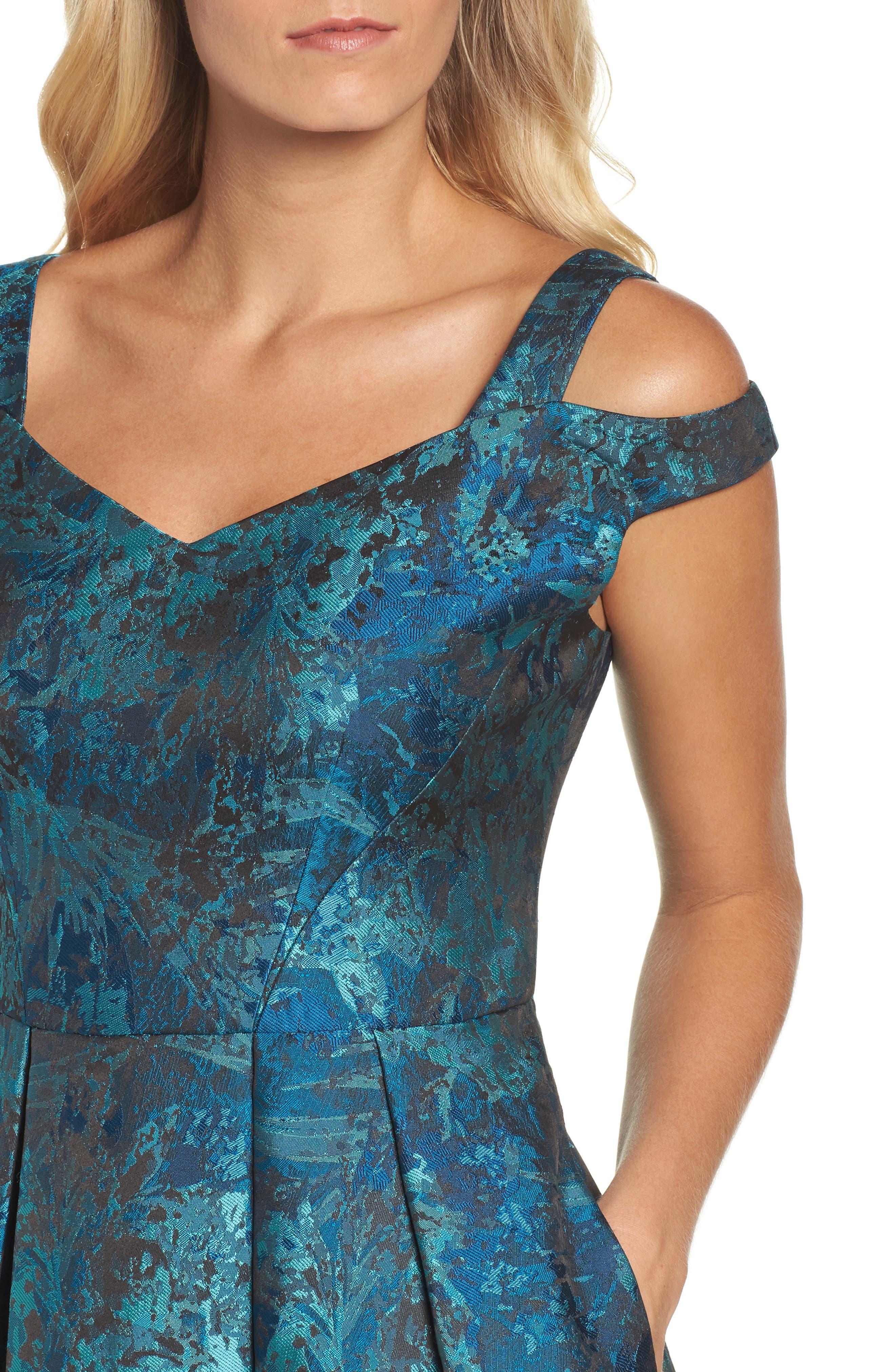 Cold Shoulder Brocade Dress,                             Alternate thumbnail 4, color,                             Black/ Emerald