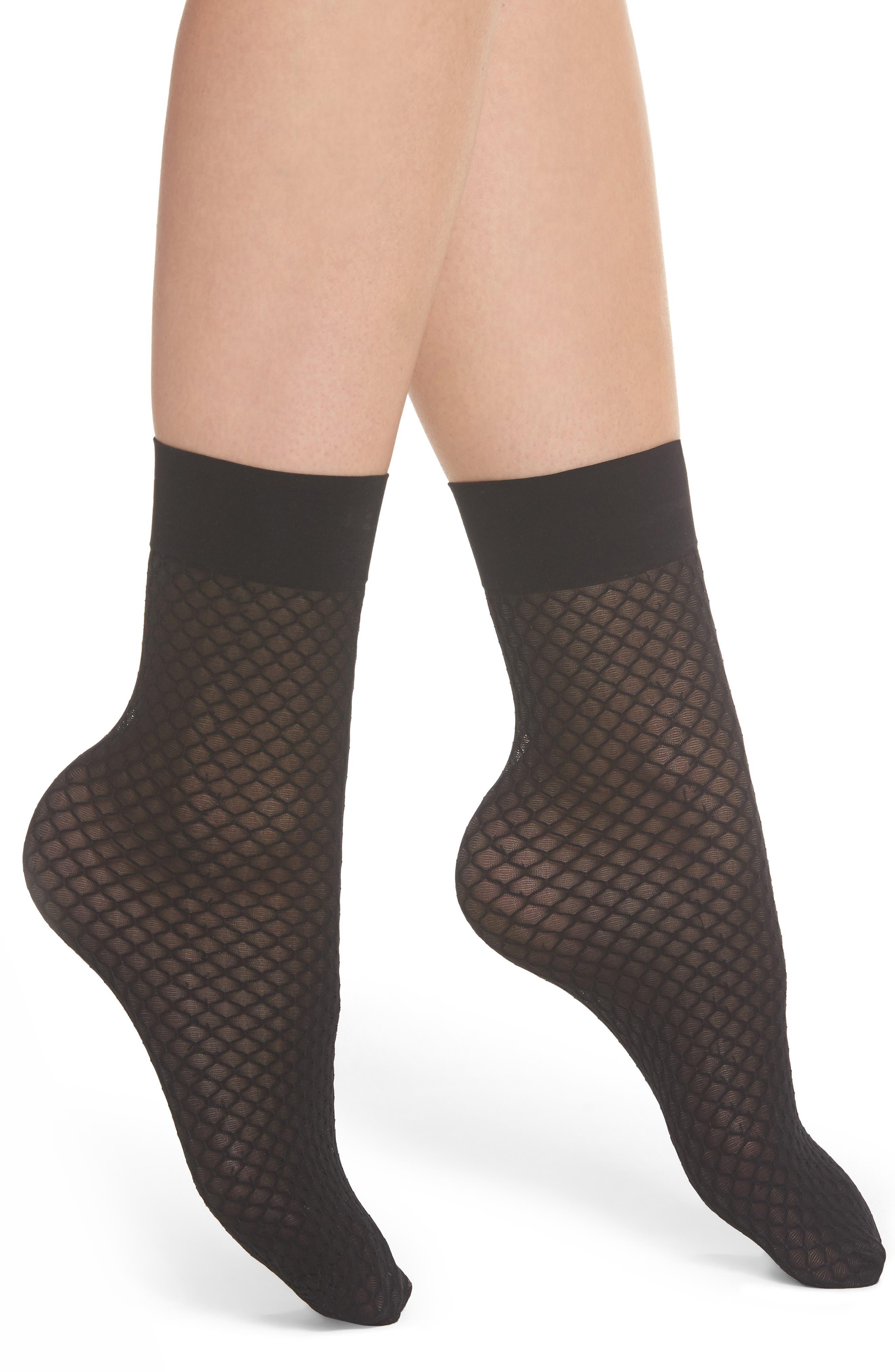 SPANX® Honeycomb Fishnet Ankle Socks