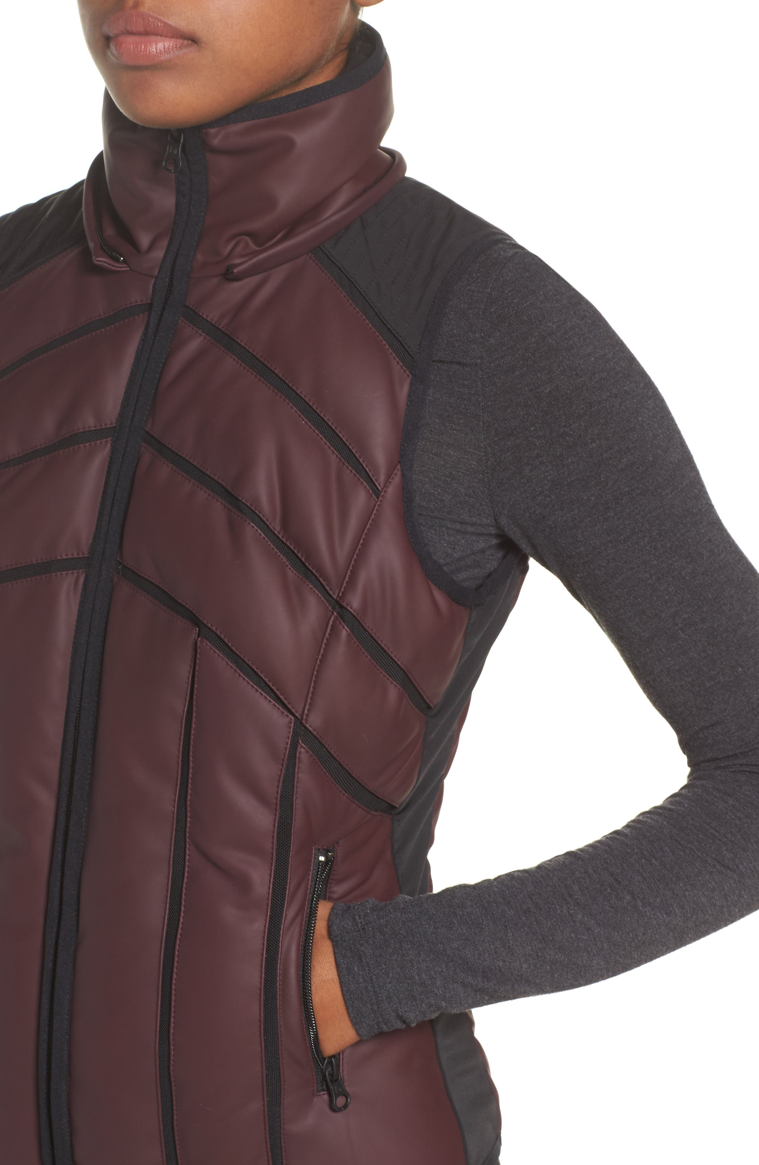 Aura Mesh Inset Vest,                             Alternate thumbnail 3, color,                             Nightshade