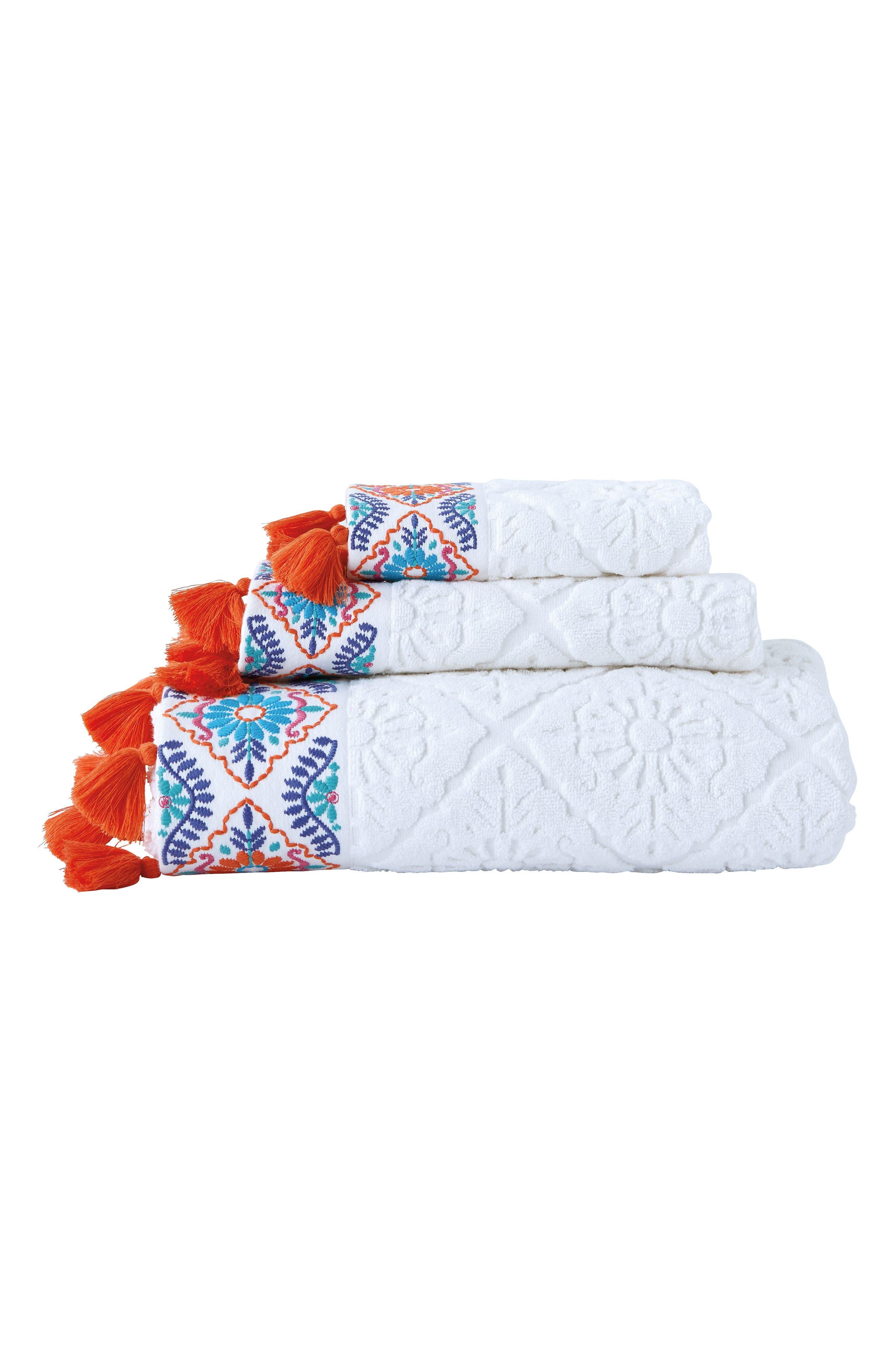 Alternate Image 2  - John Robshaw Aloka Hand Towel