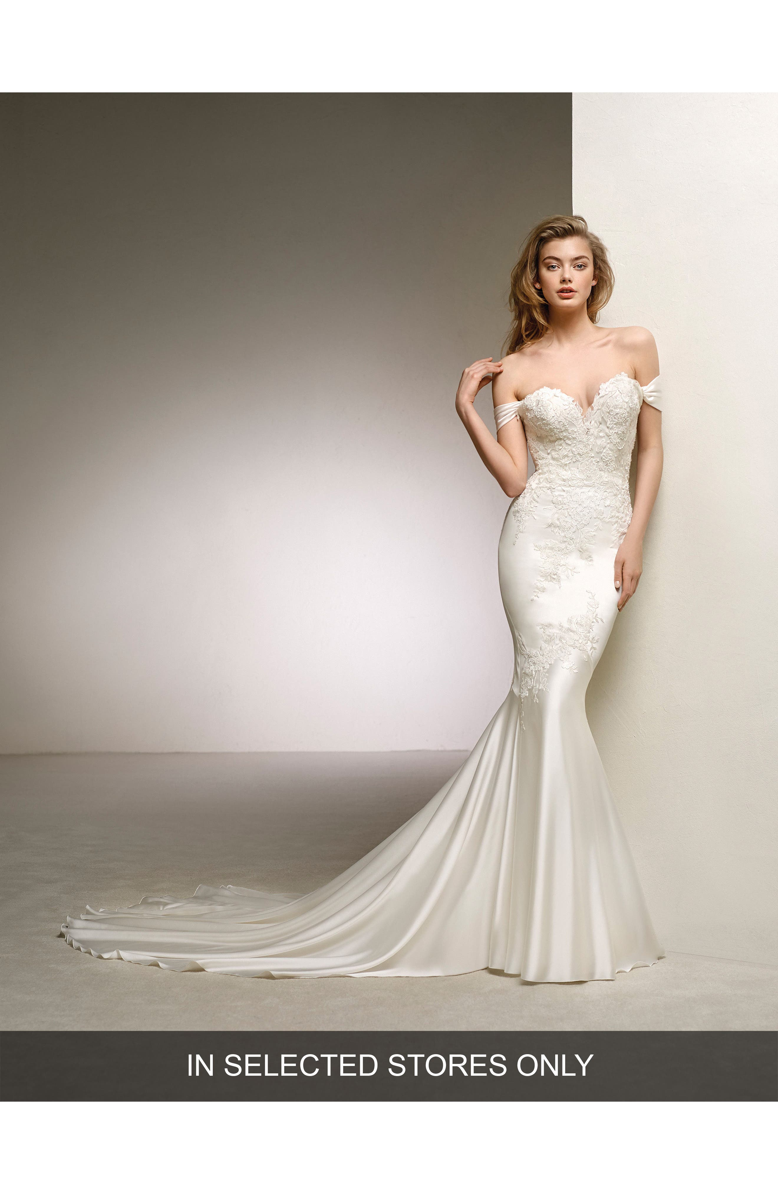 Pronovias Dante Off the Shoulder Sweetheart Satin Mermaid Gown
