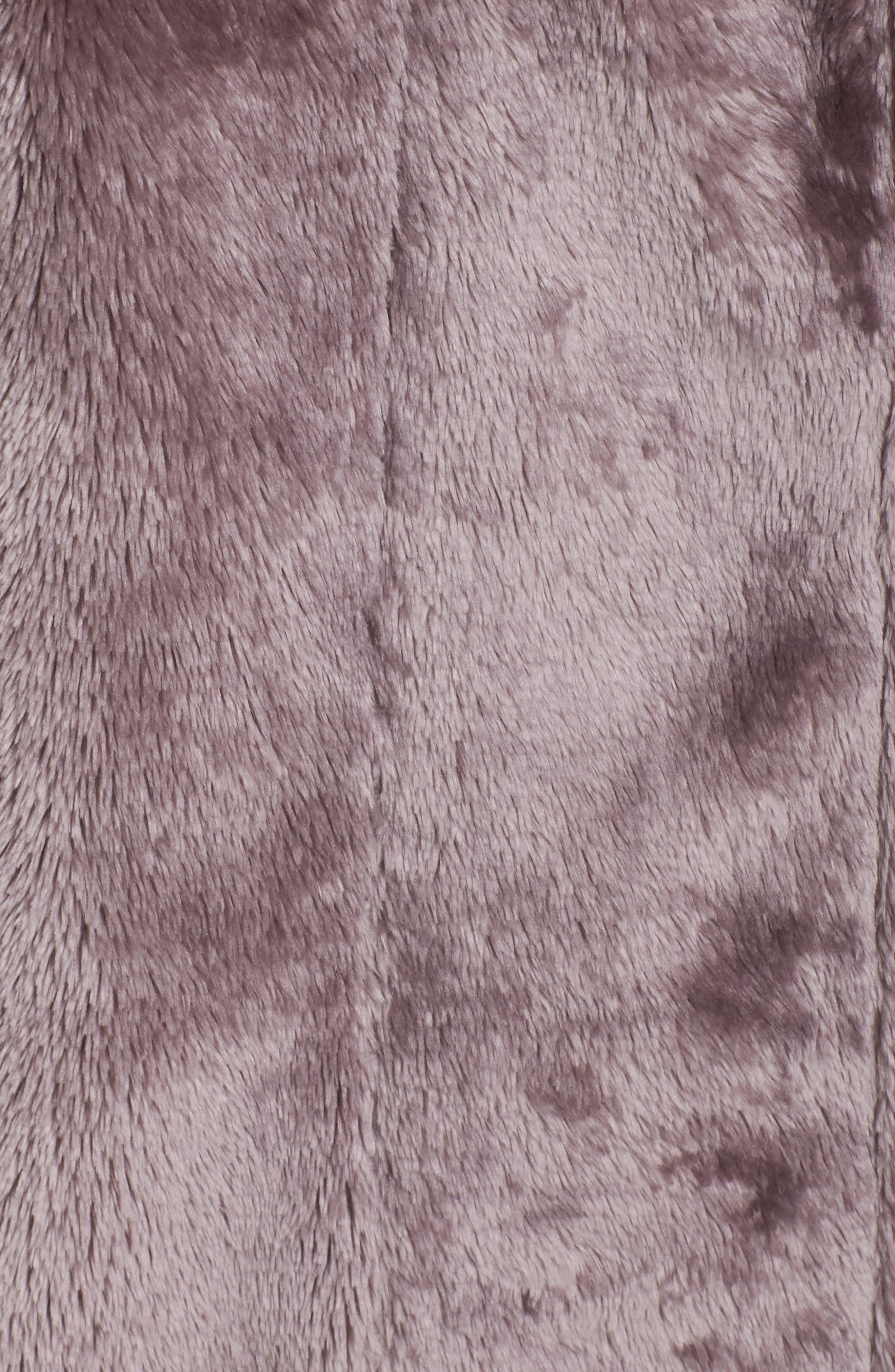 Alternate Image 5  - Nordstrom Lingerie Frosted Plush Robe (Plus Size)
