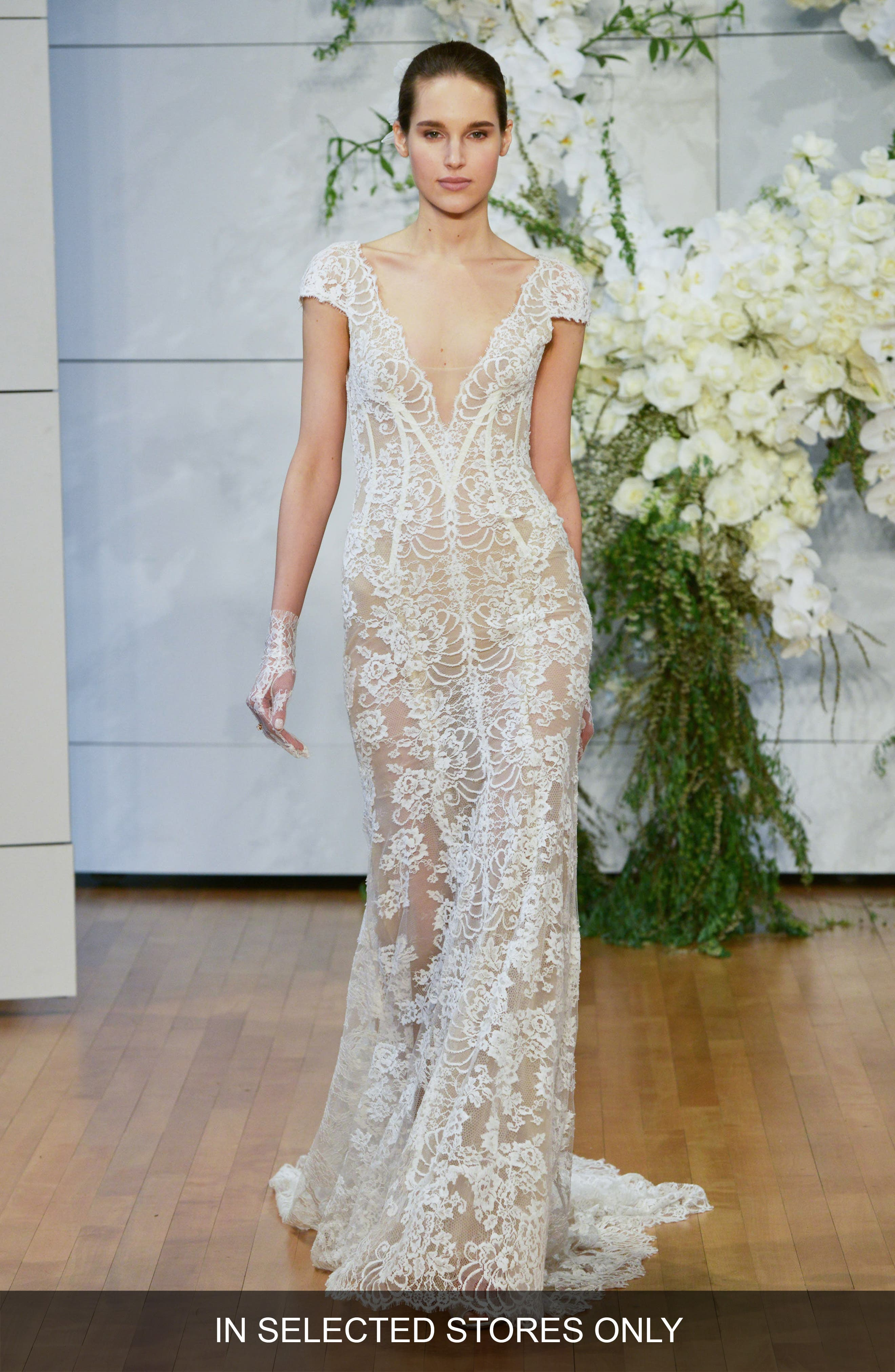 Monique Lhuillier Arden Plunge Lace Sheath Gown