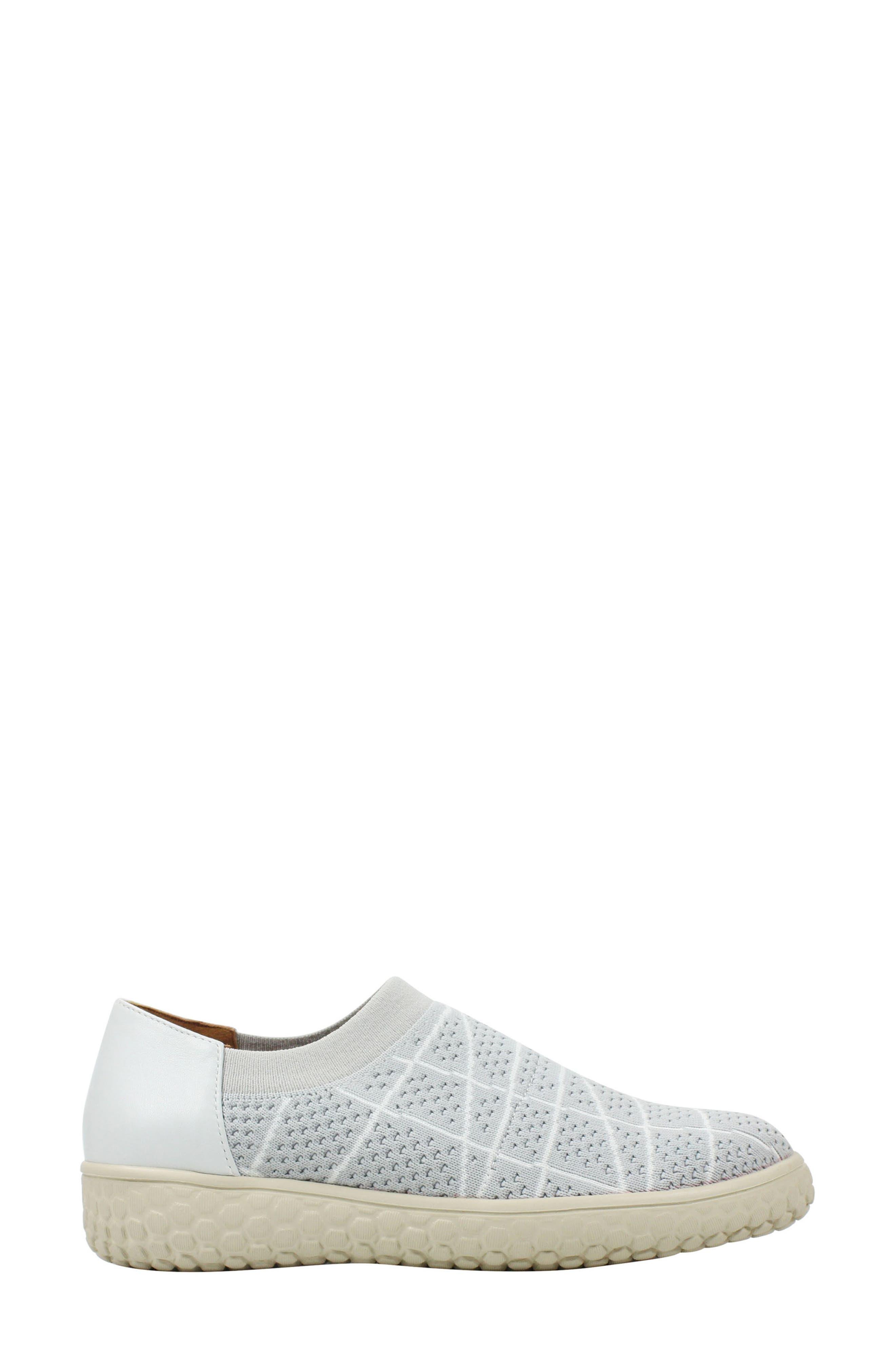 Zohndra Slip-On Sneaker,                             Alternate thumbnail 3, color,                             Beige Fabric