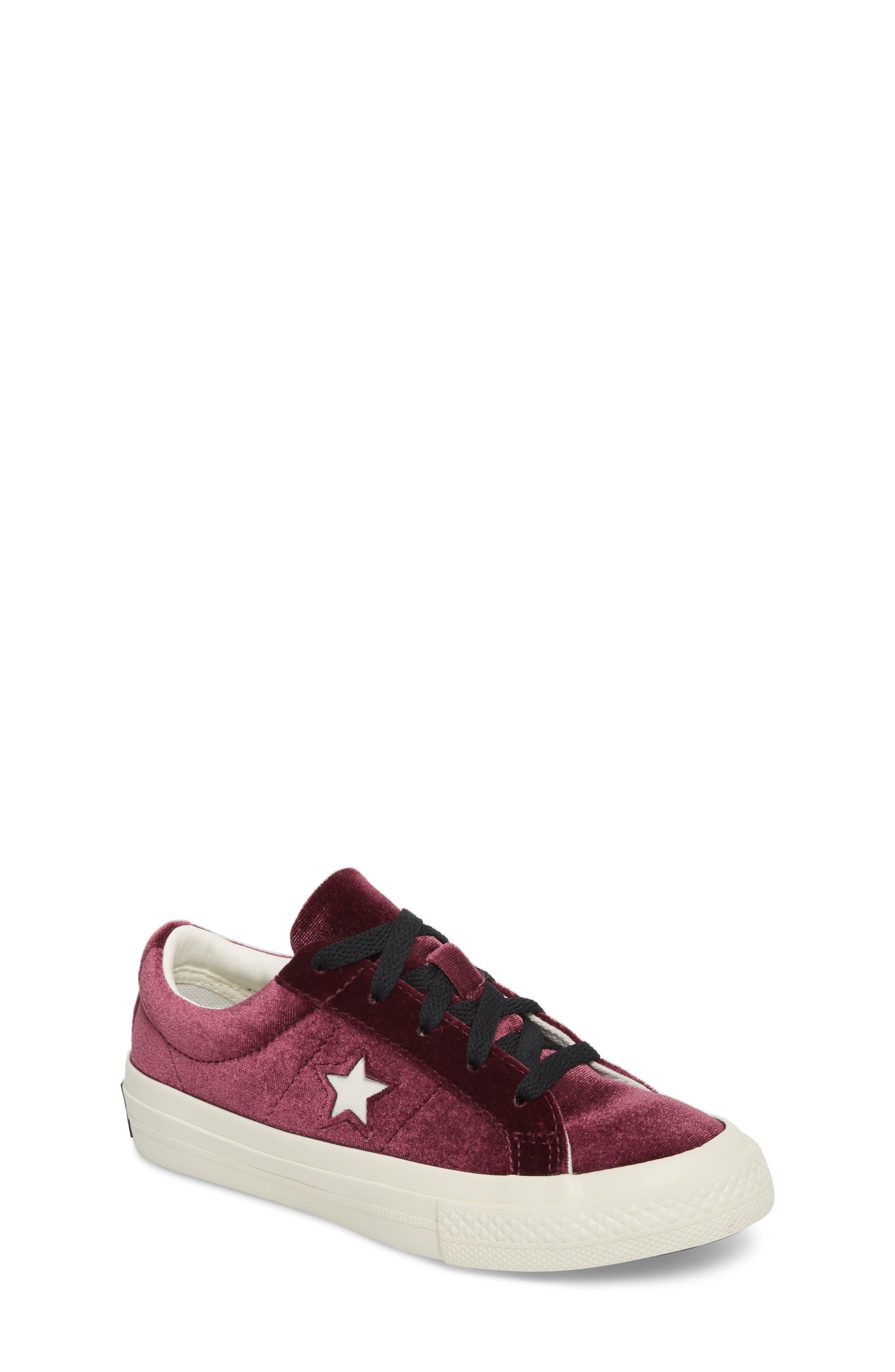 Chuck Taylor<sup>®</sup> All Star<sup>®</sup> One Star Velvet Platform Sneaker,                             Main thumbnail 1, color,                             Sangria Velvet