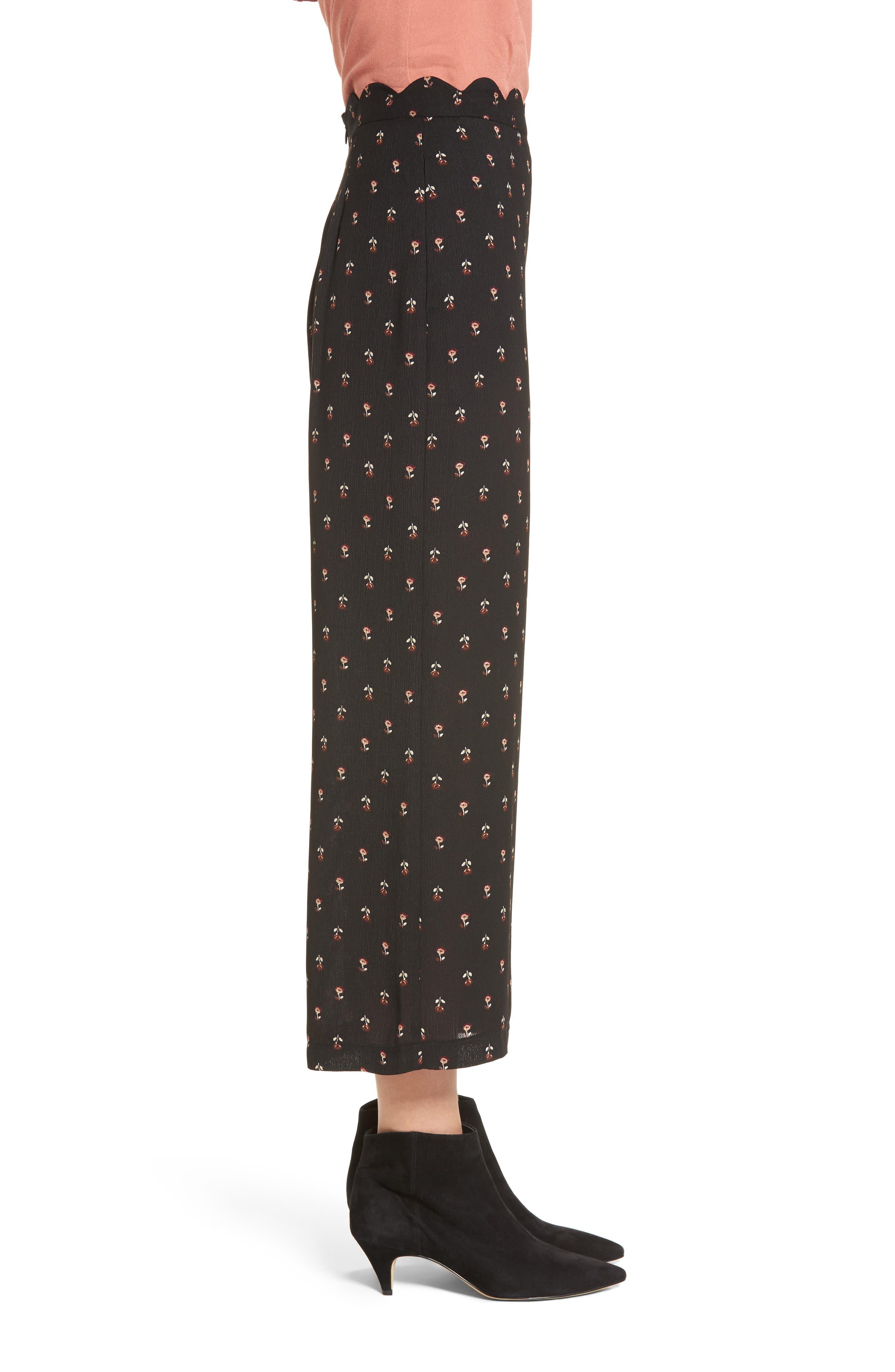 Scalloped Waist Wide Leg Crop Pants,                             Alternate thumbnail 3, color,                             Black Mini Floral