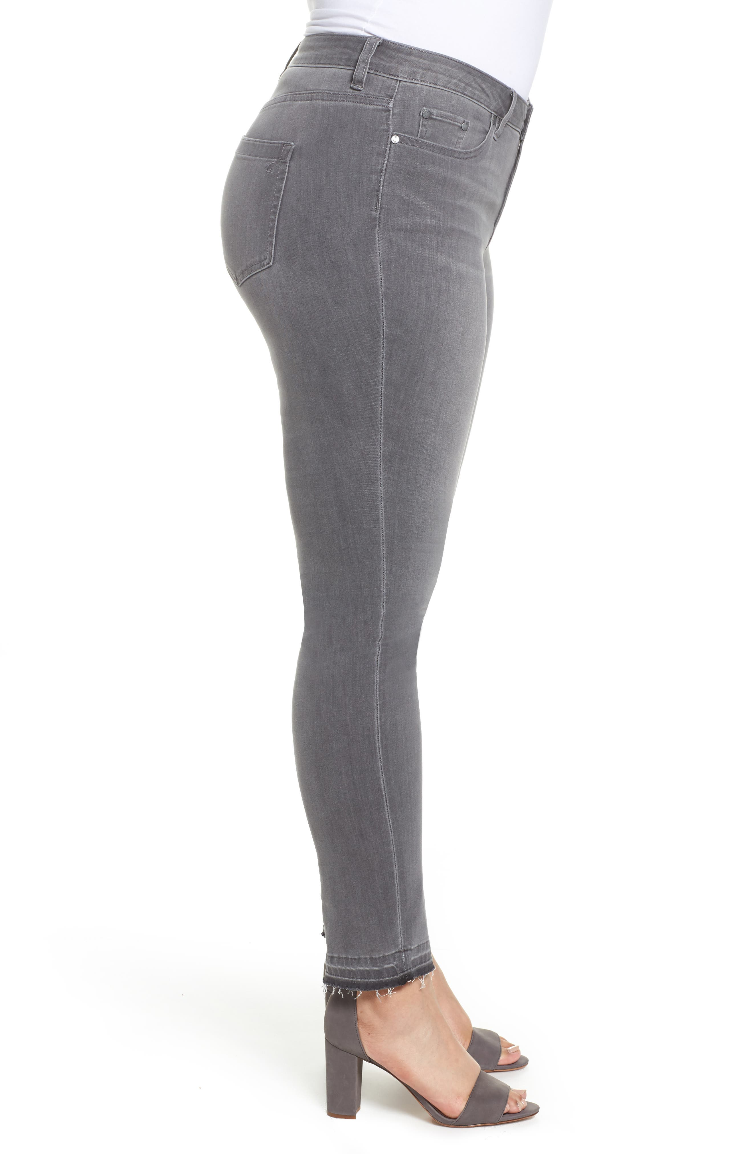 Alternate Image 3  - Two by Vince Camuto Release Hem Skinny Jeans (Cobblestone) (Plus Size)