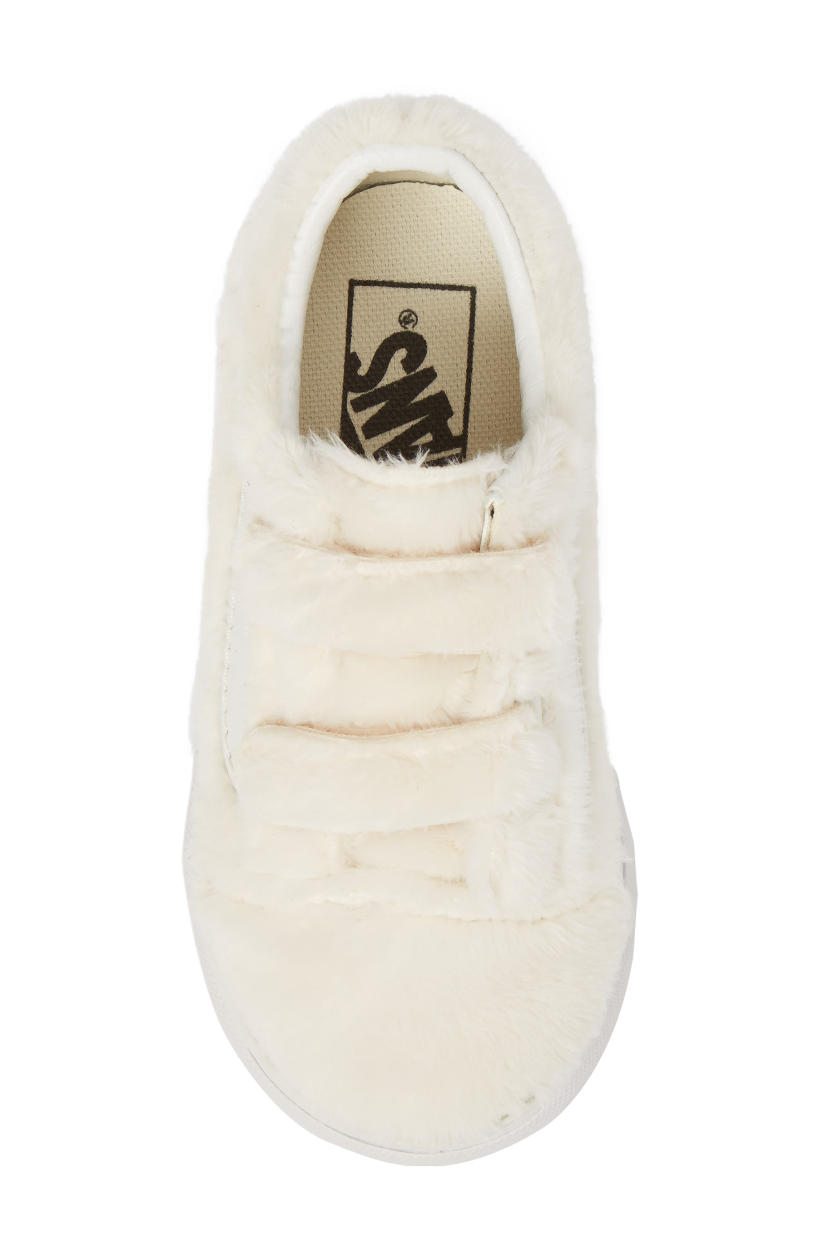 Alternate Image 5  - Vans Old Skool V Faux Fur Sneaker (Baby, Walker, Toddler)