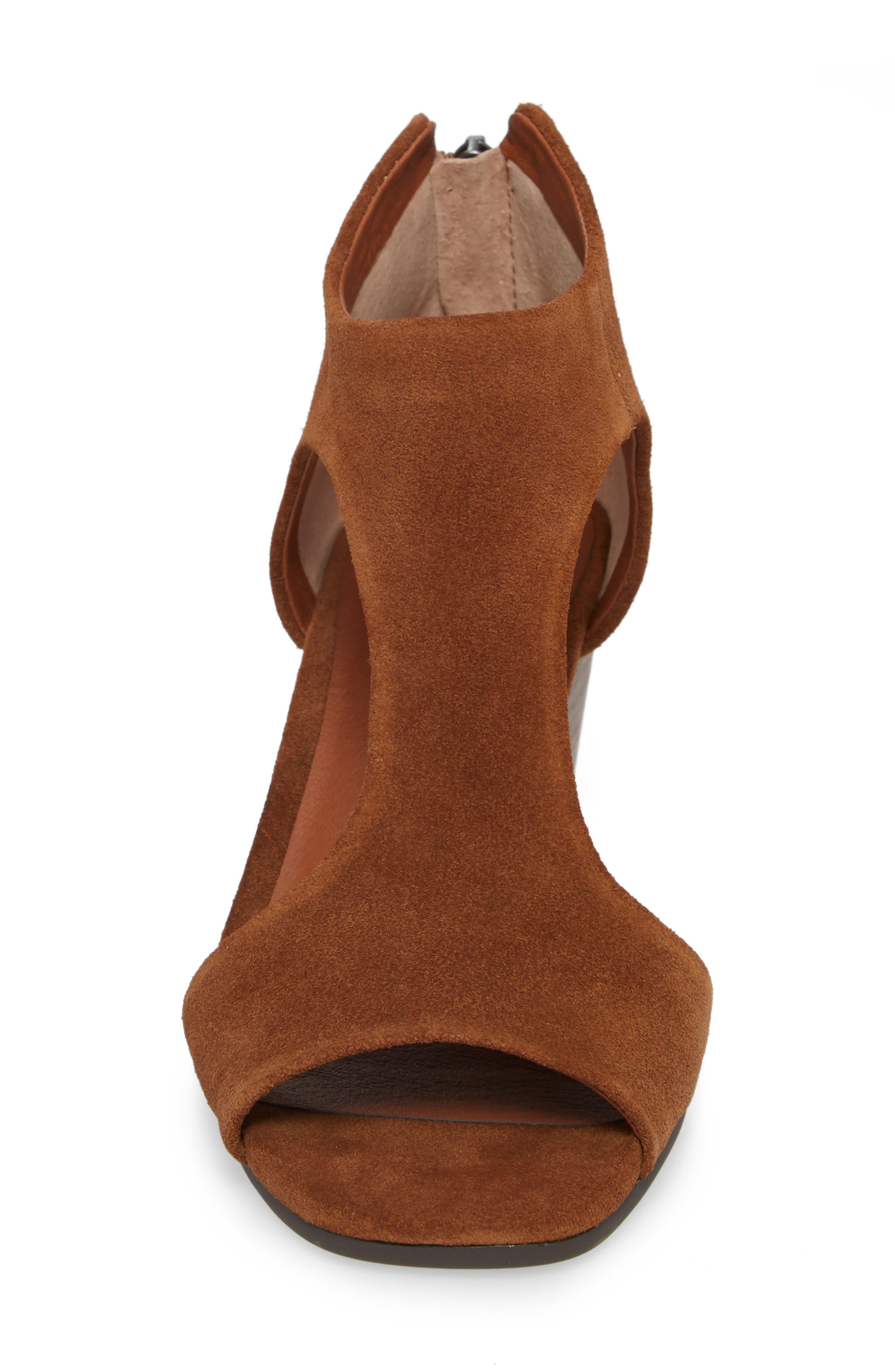 Tehirr Wedge Sandal,                             Alternate thumbnail 4, color,                             Cedar Suede