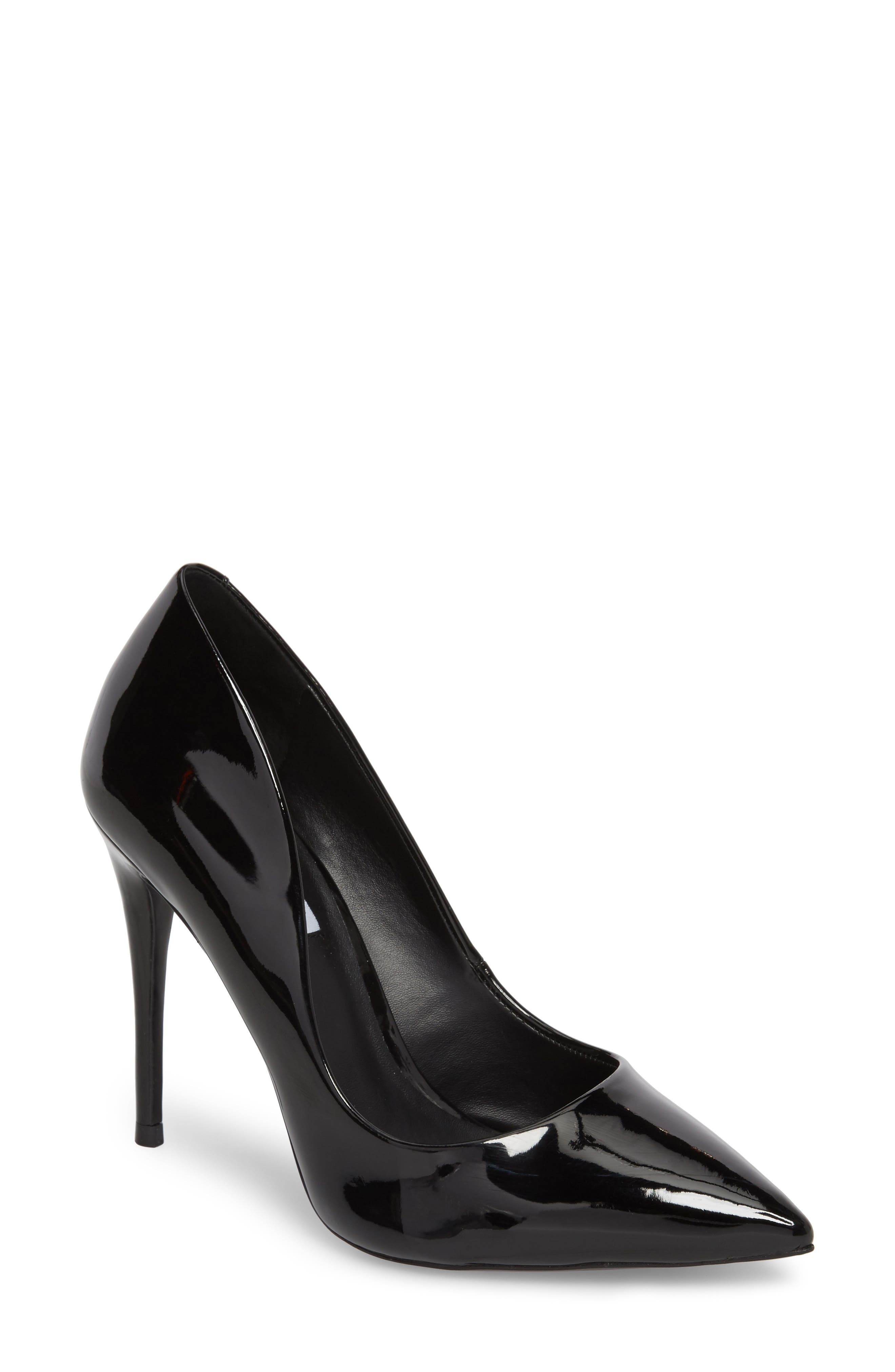 Main Image - Steve Madden Daisie Pointy-Toe Pump (Women)