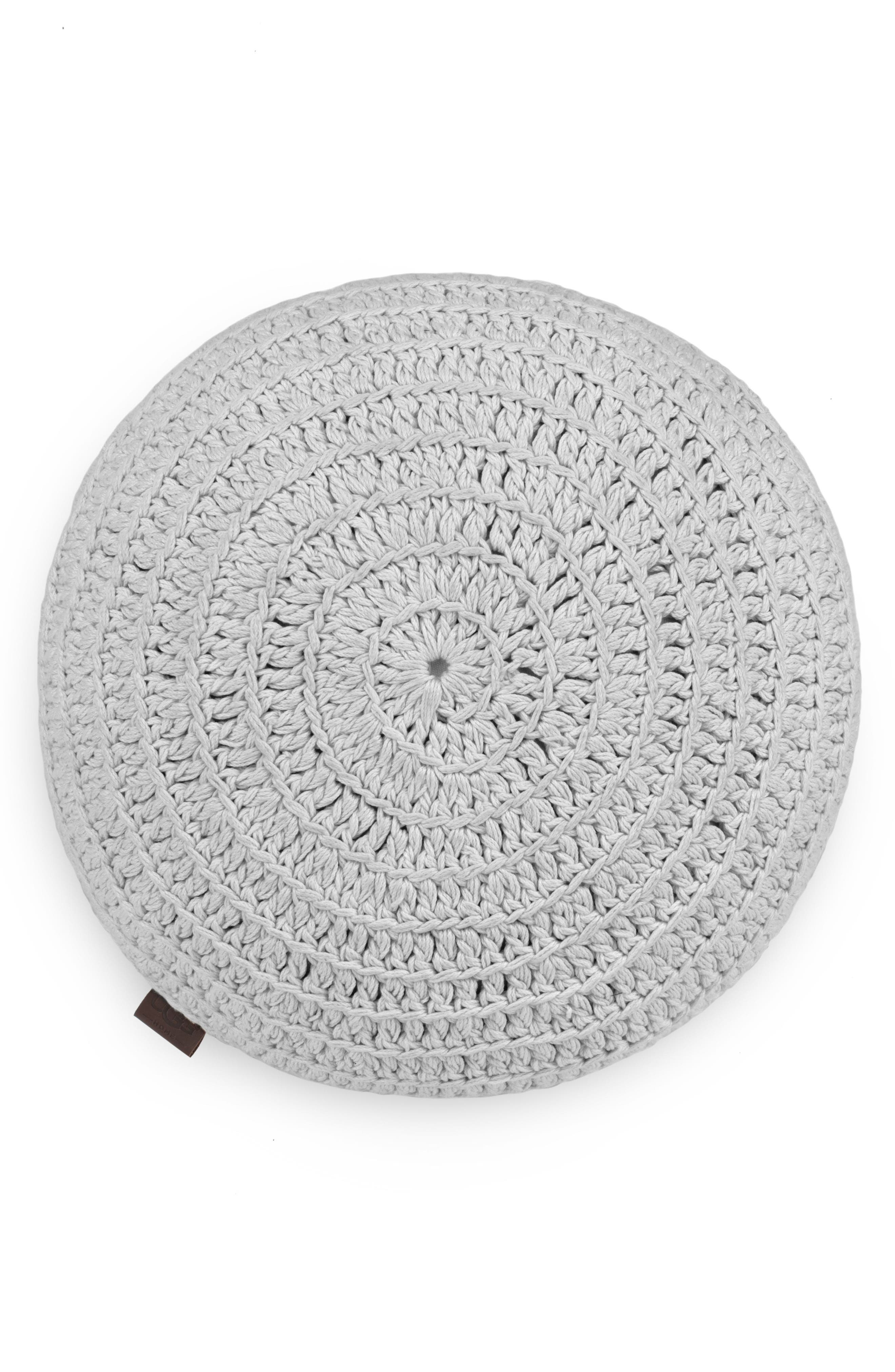 Alternate Image 1 Selected - UGG® Round Crochet Accent Pillow
