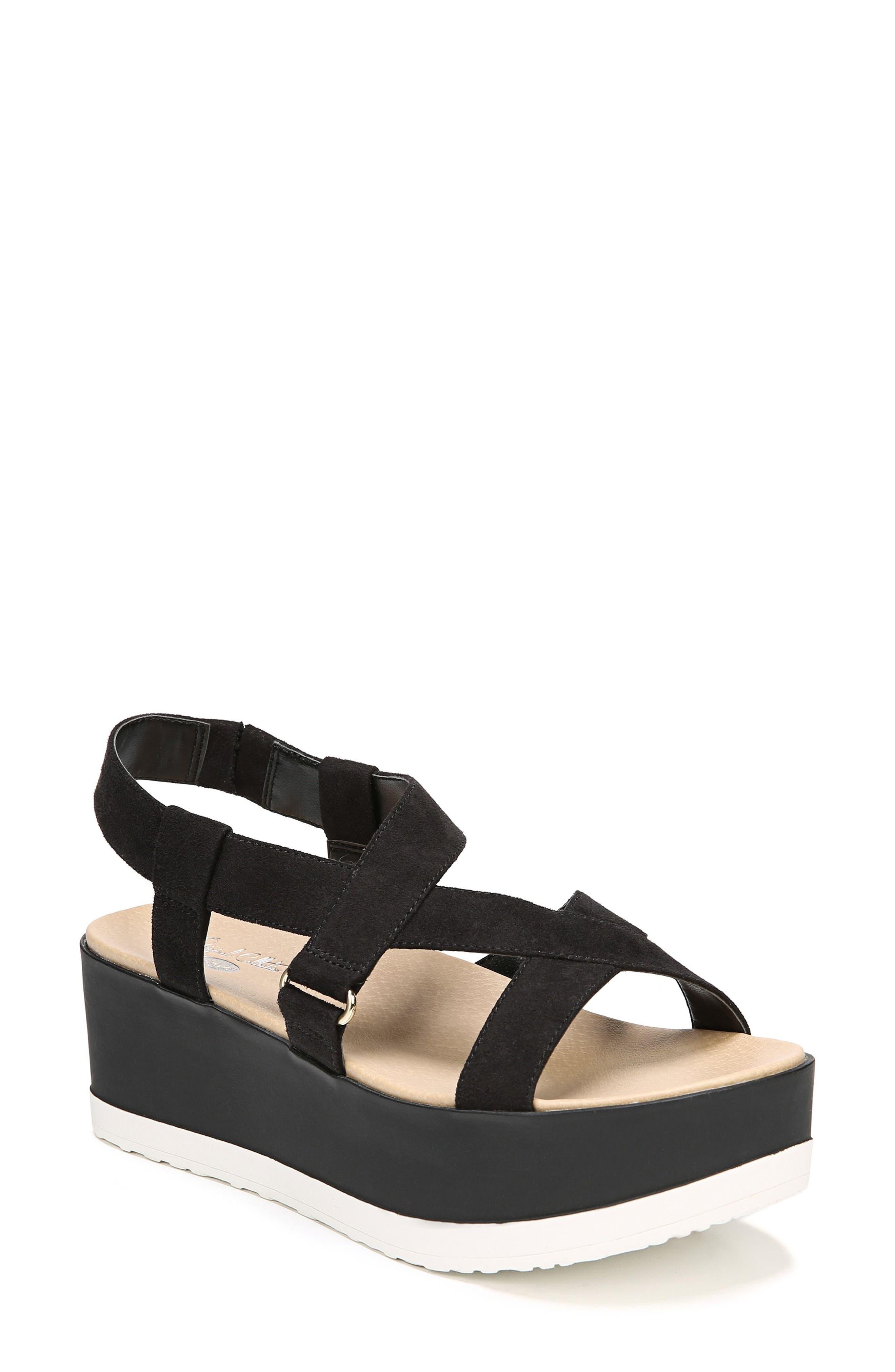 Dr. Scholl's Companion Platform Sandal (Women)