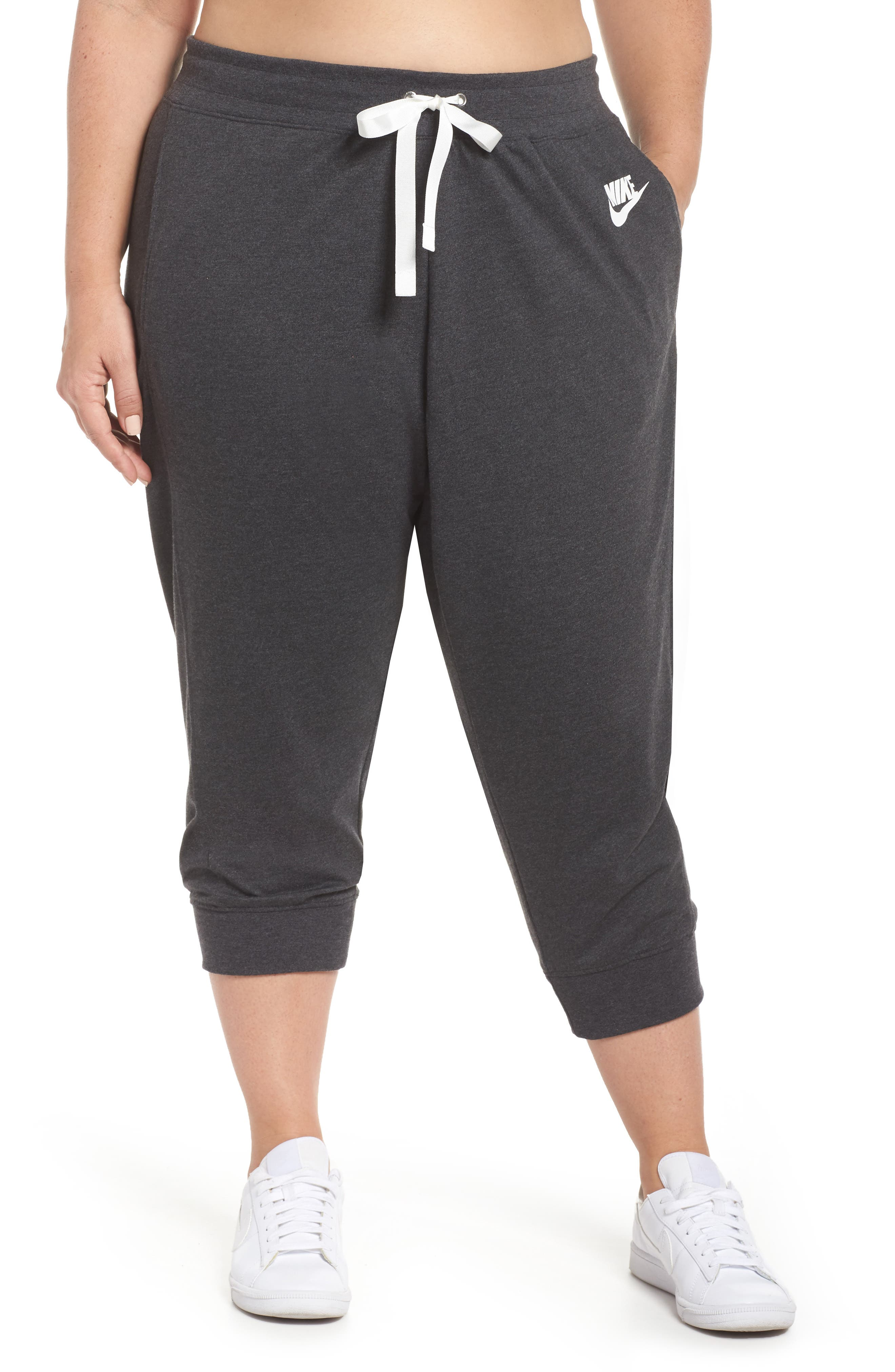 Sportswear Gym Capris,                         Main,                         color, Black Heather/ Sail