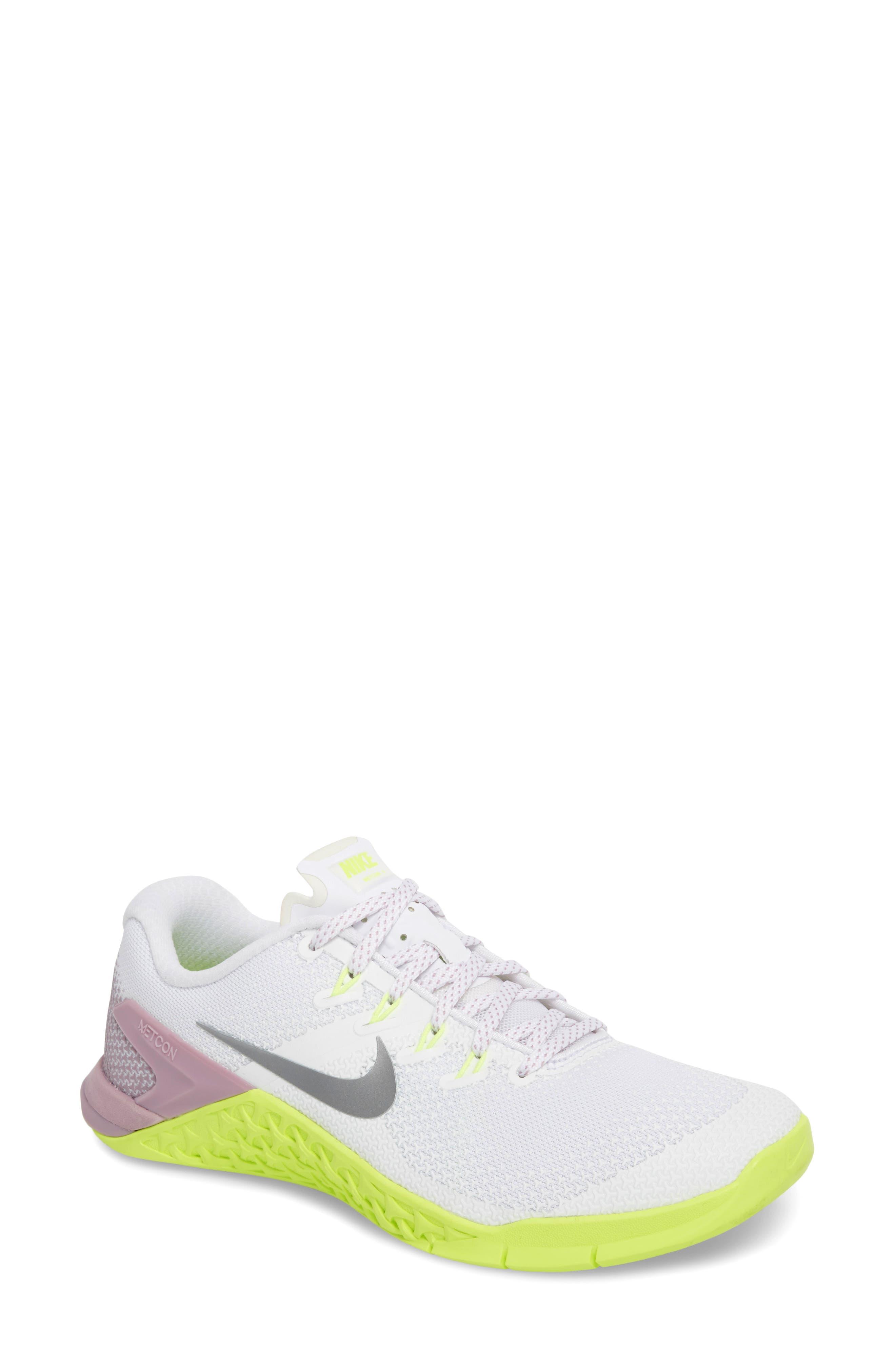 NIKE Metcon 4 Training Shoe, White/ Silver/ Elemental Rose
