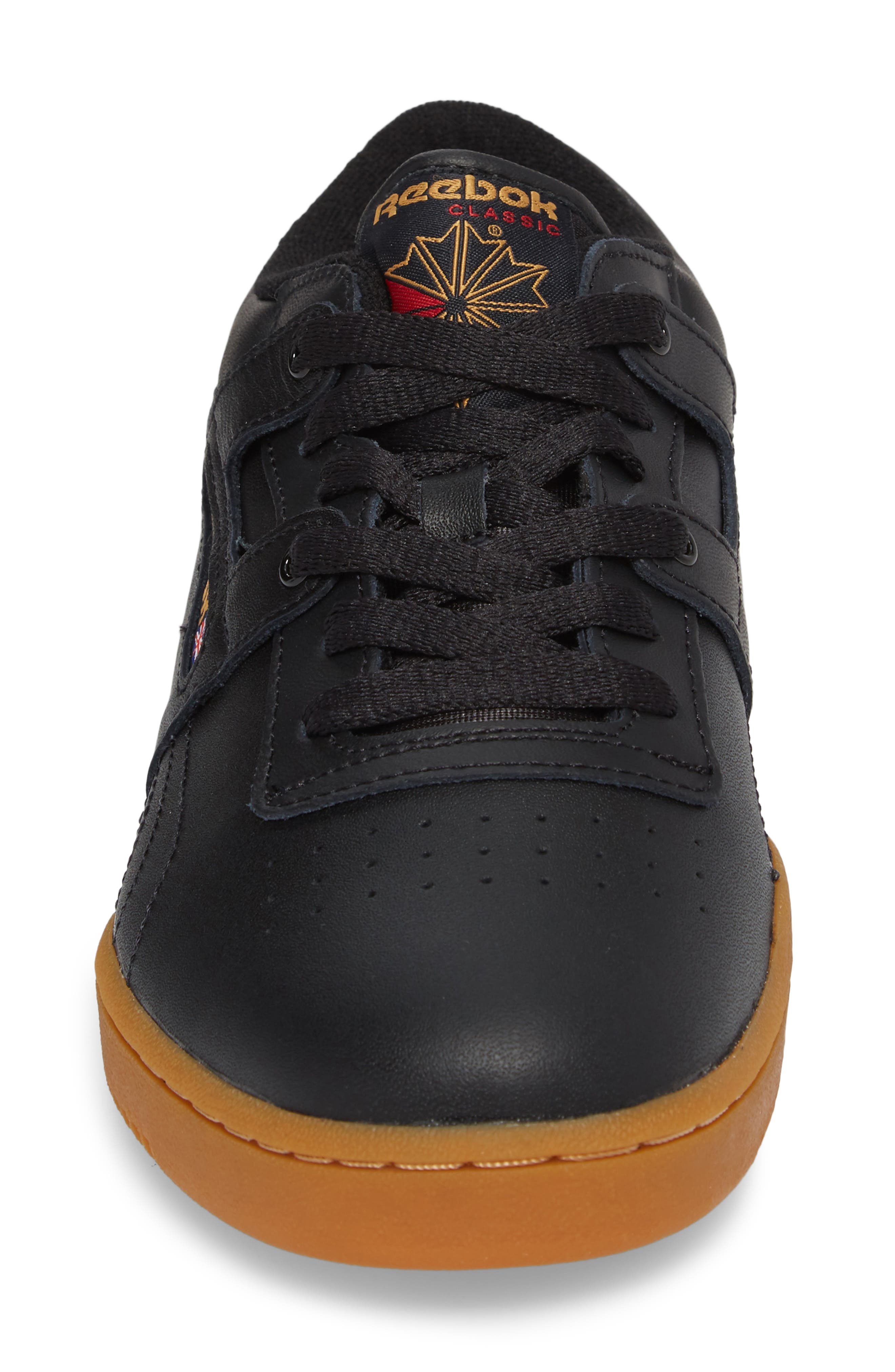 Workout Low Top Sneaker,                             Alternate thumbnail 4, color,                             Black