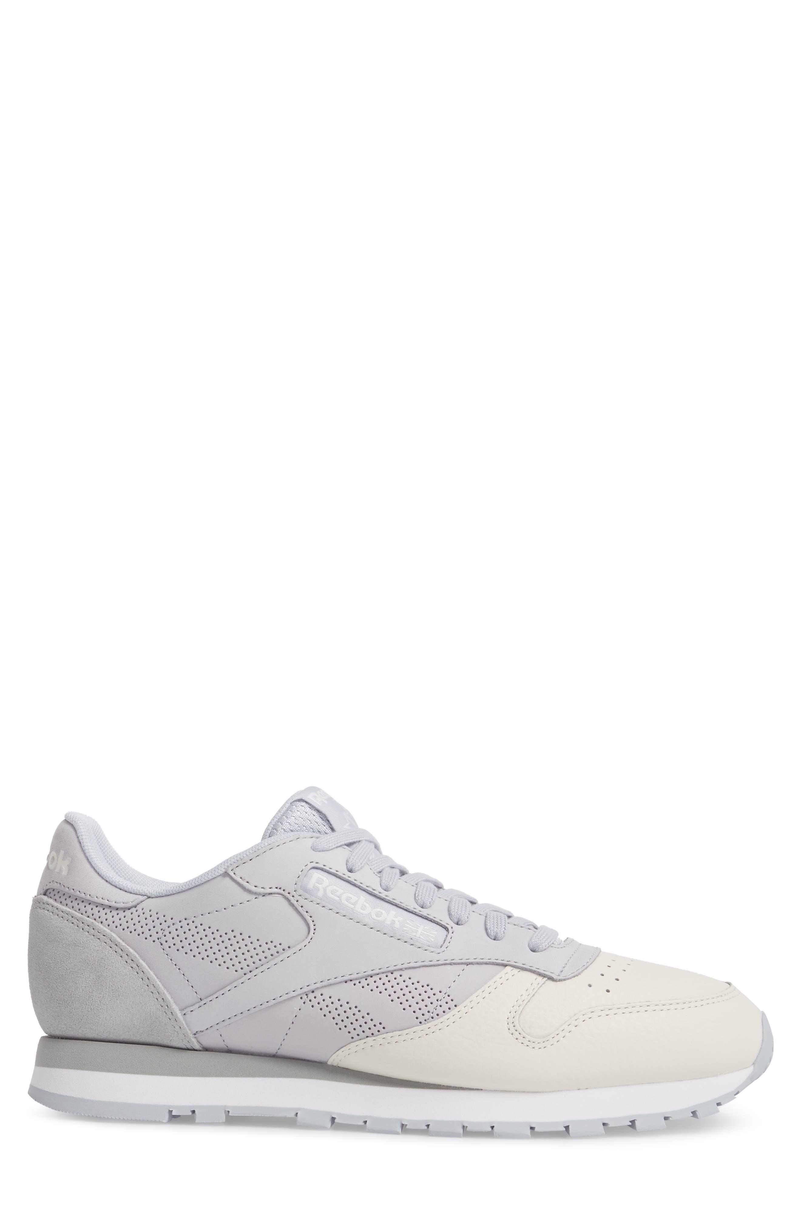 Classic Leather UE Sneaker,                             Alternate thumbnail 3, color,                             Grey/ Chalk/ Stark Grey/ White