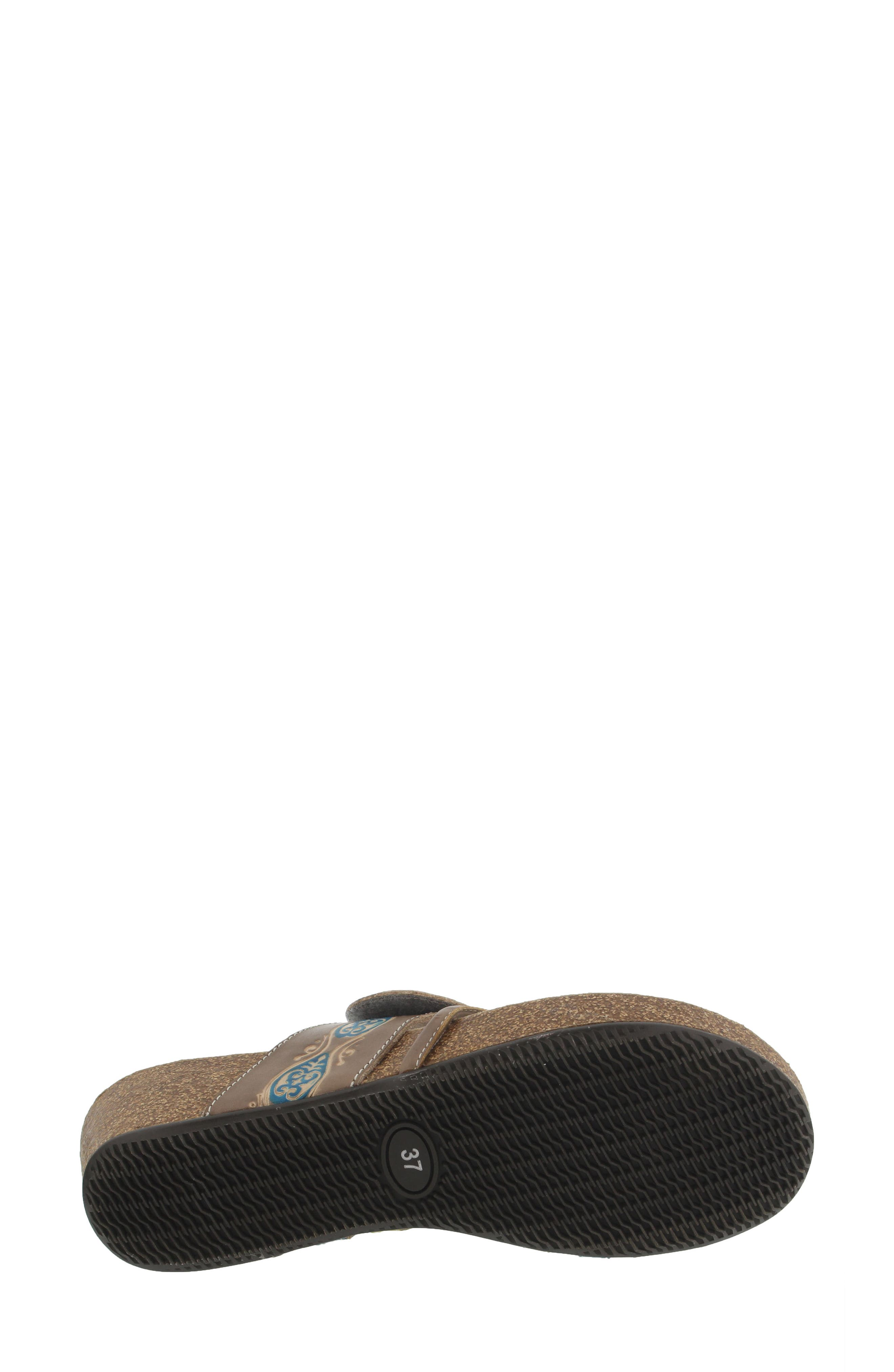 L'Artiste Claudia Wedge Sandal,                             Alternate thumbnail 5, color,                             Taupe Leather